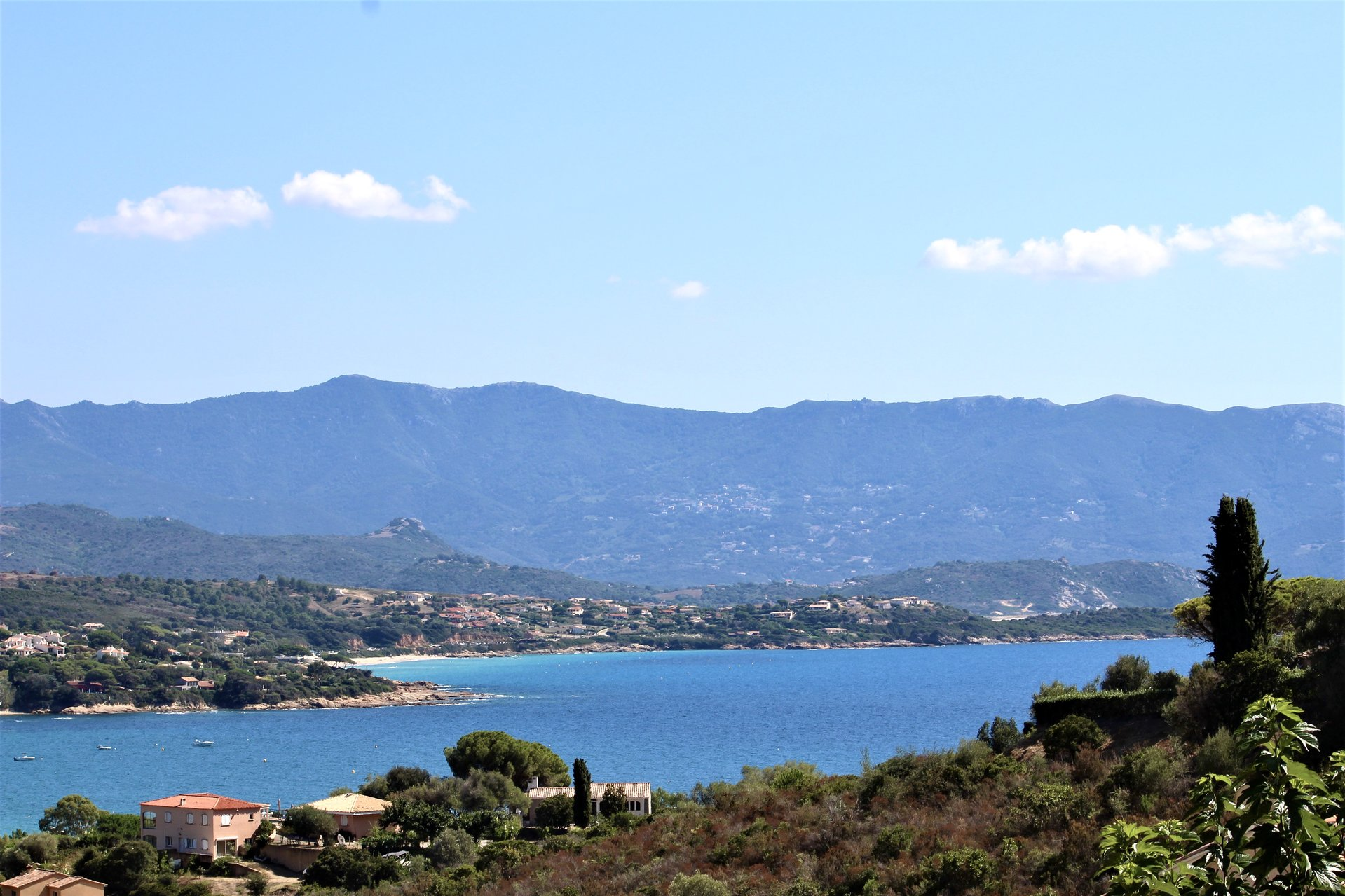 Villa contemporaine avec vue mer Sagone