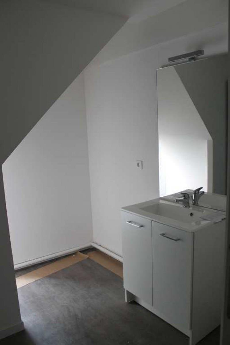 LOFT T3 de 82 M² .Parking et jardinet.