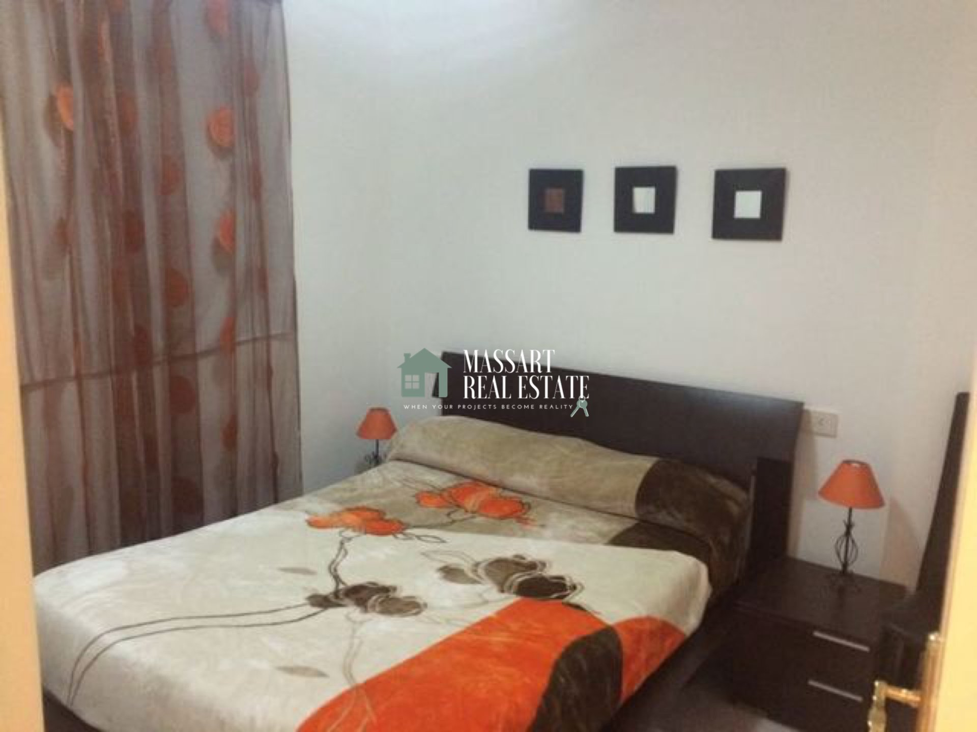 In this apartment of about 80 m2 for rent in the Colonial Park residential complex, you will be privileged.