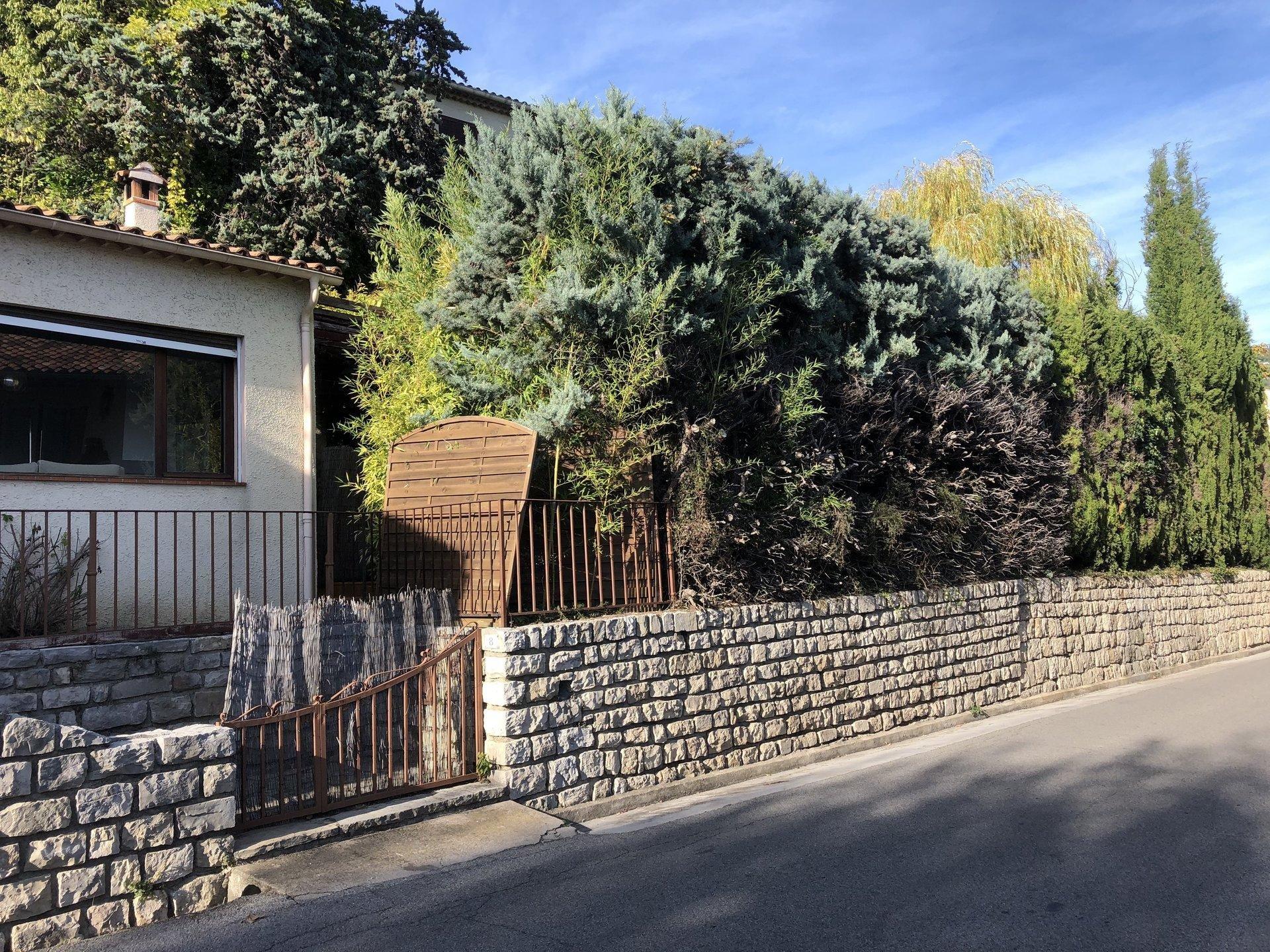 Maison de village avec jardin - Seillans