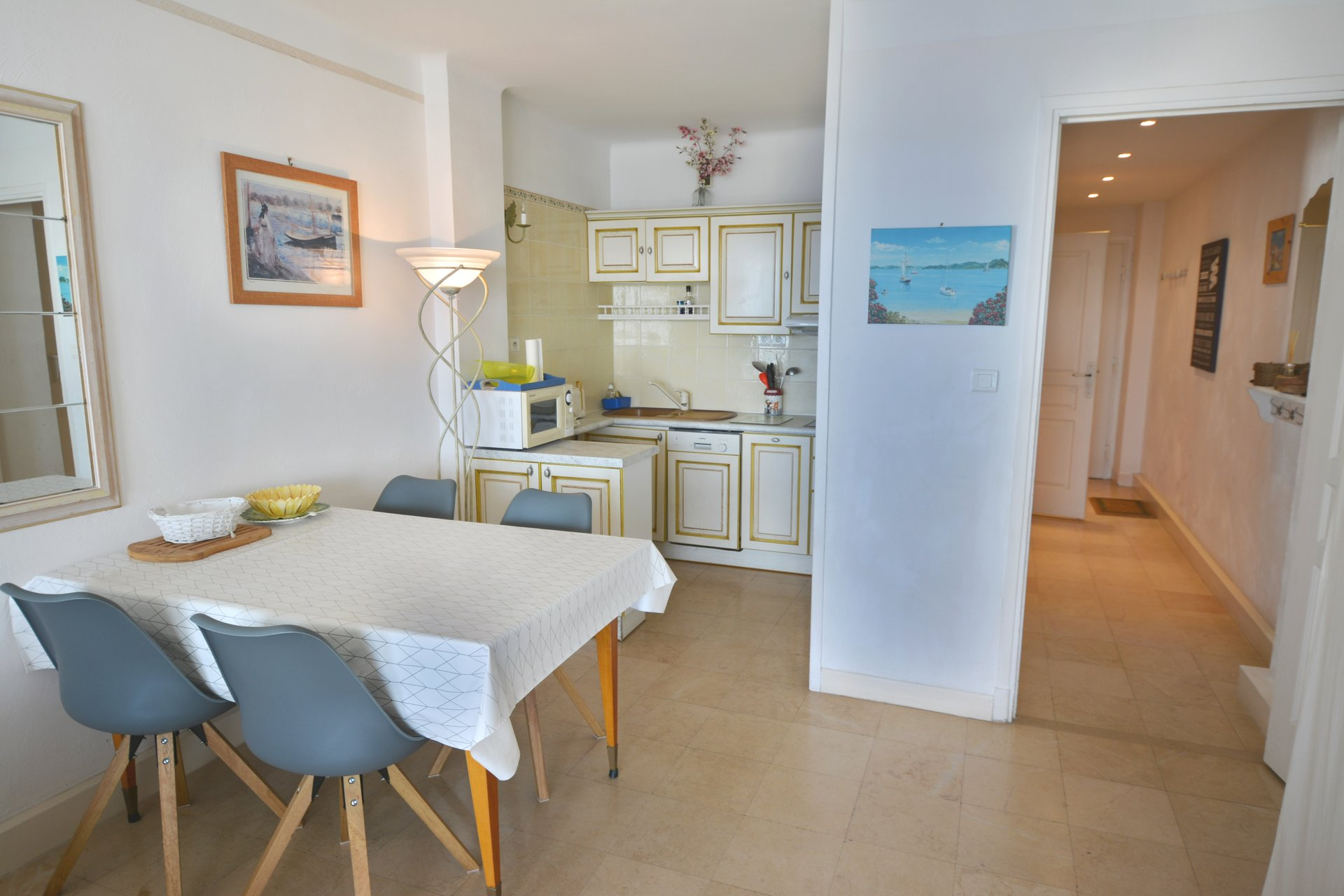 Top floor apartment - Waterfront Juan les Pins