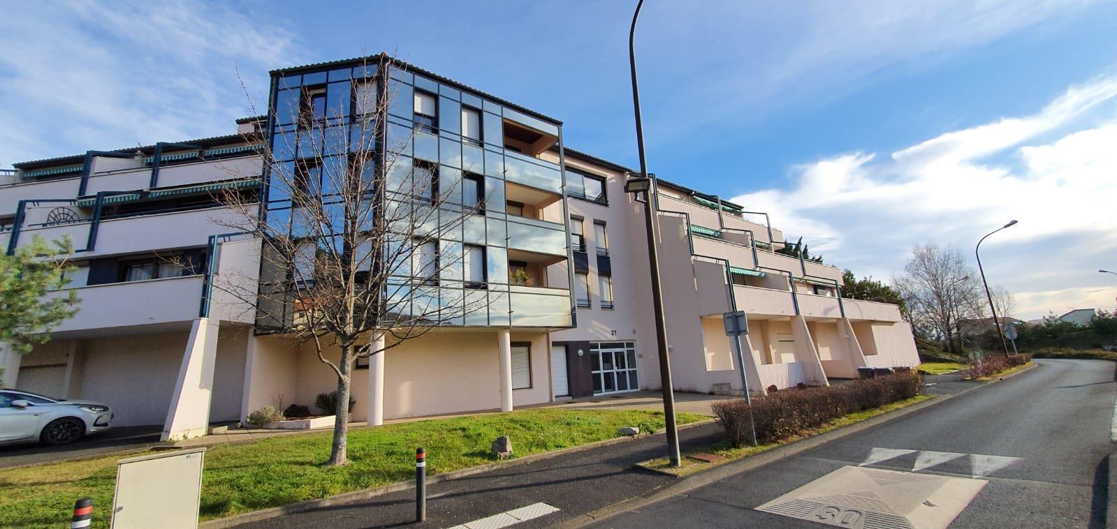 Appartement de 98m2 avec terrasse et garage