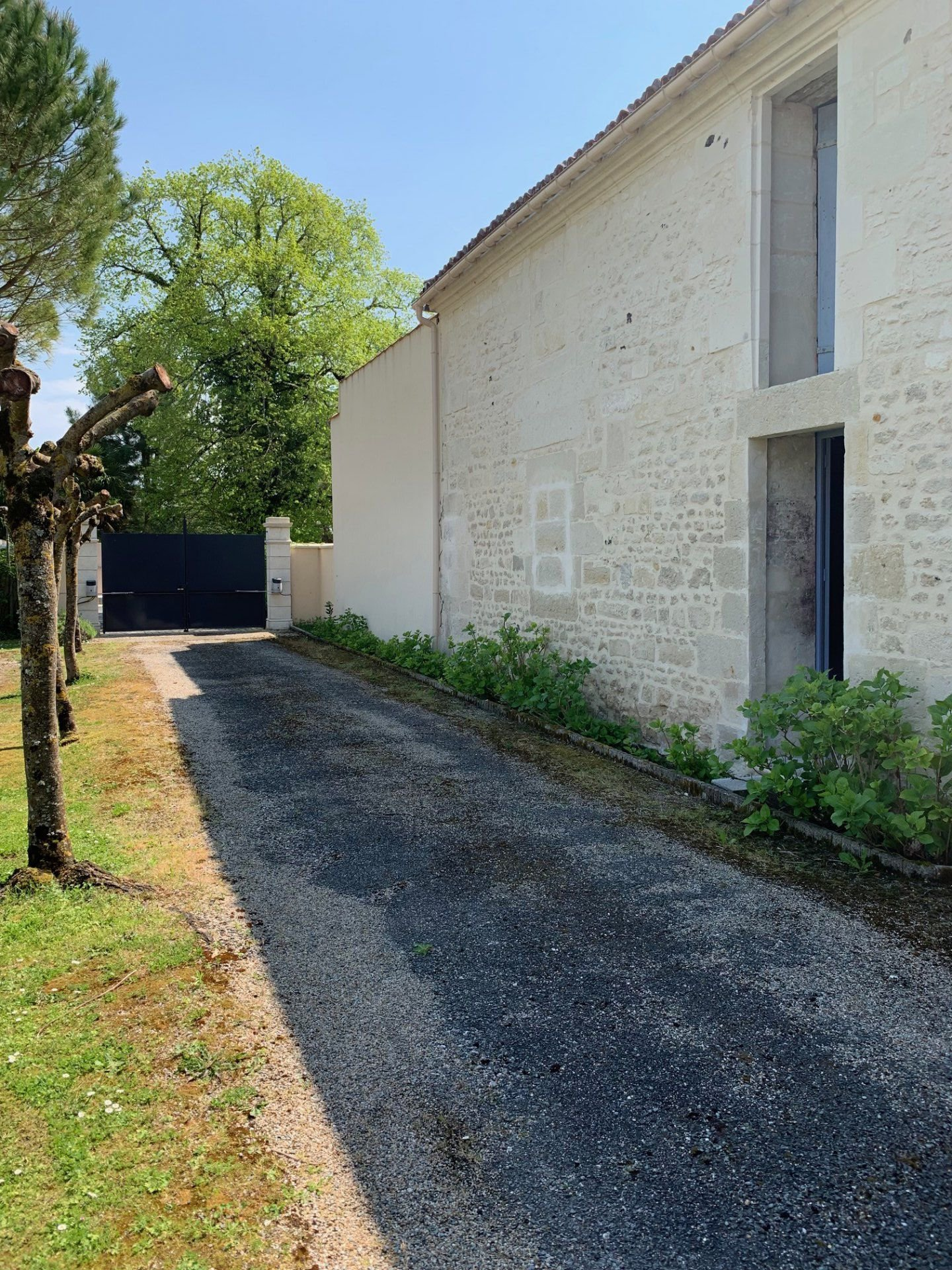 Rental House - Les Gonds