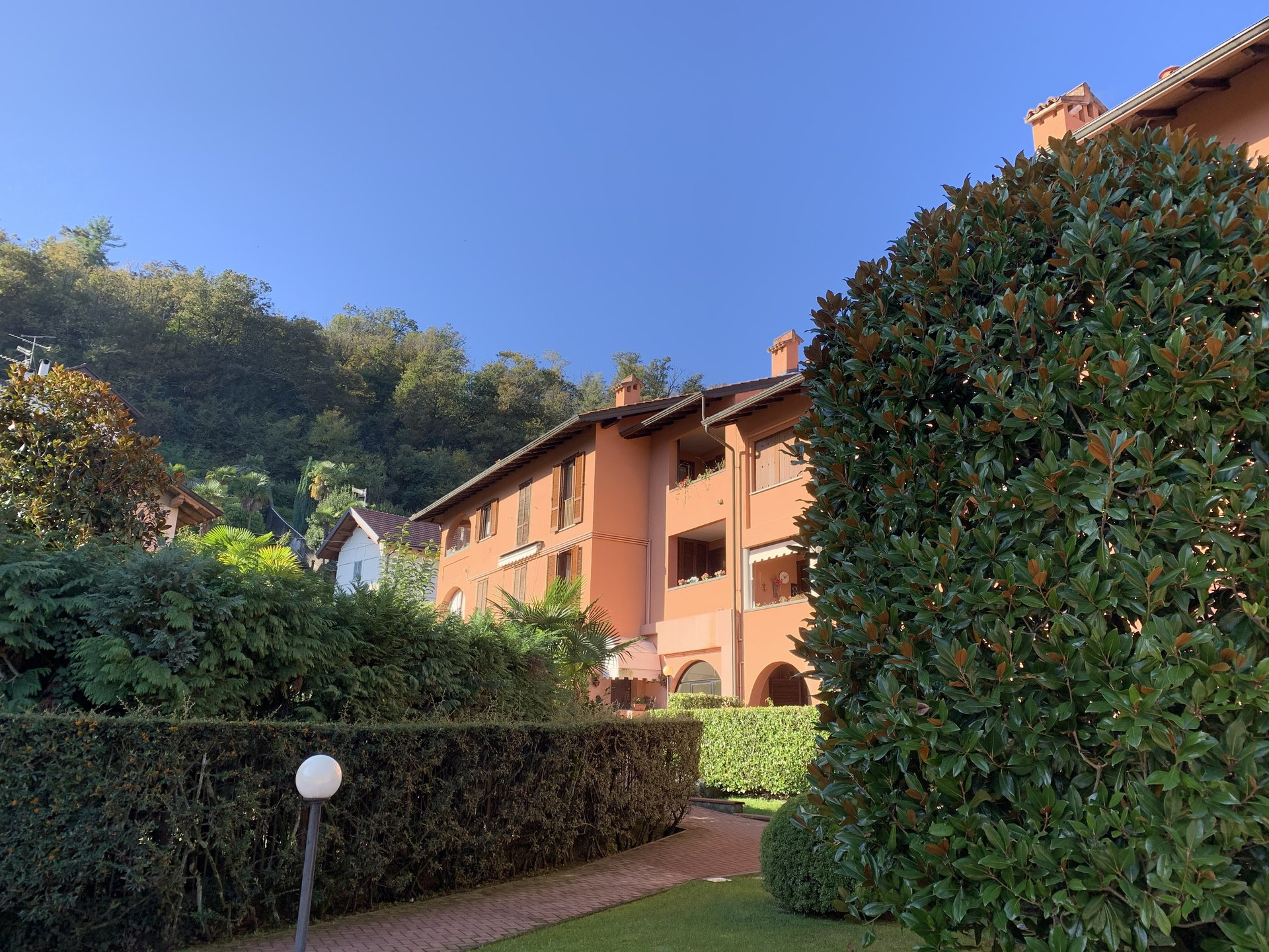 two - room apartament for sale in Stresa- external of the condo