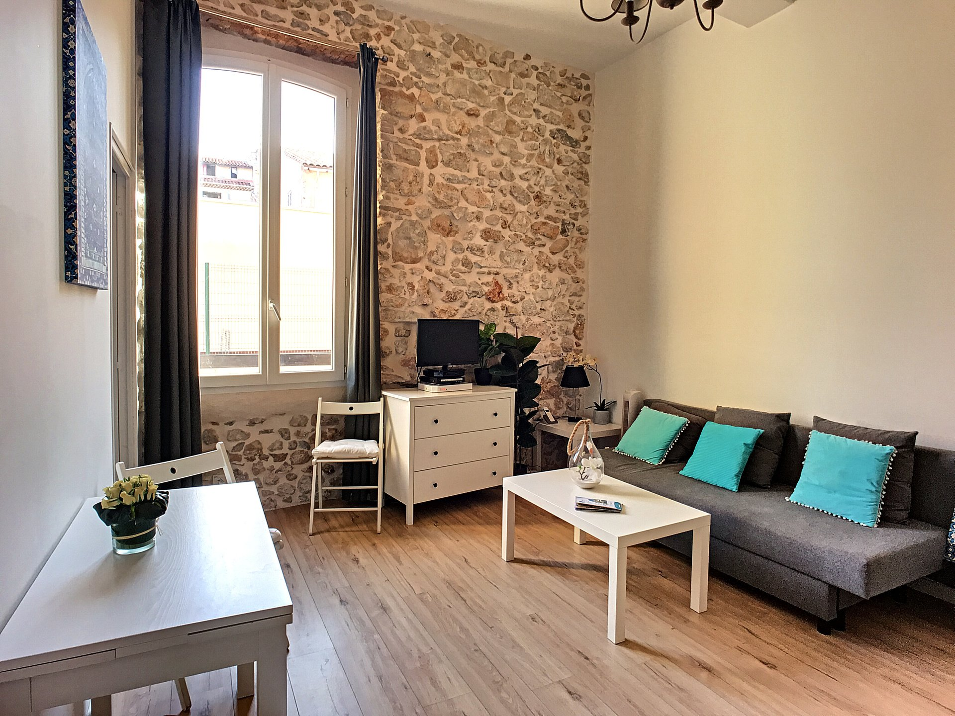 Аpartment in the heart of the old city of Antibes