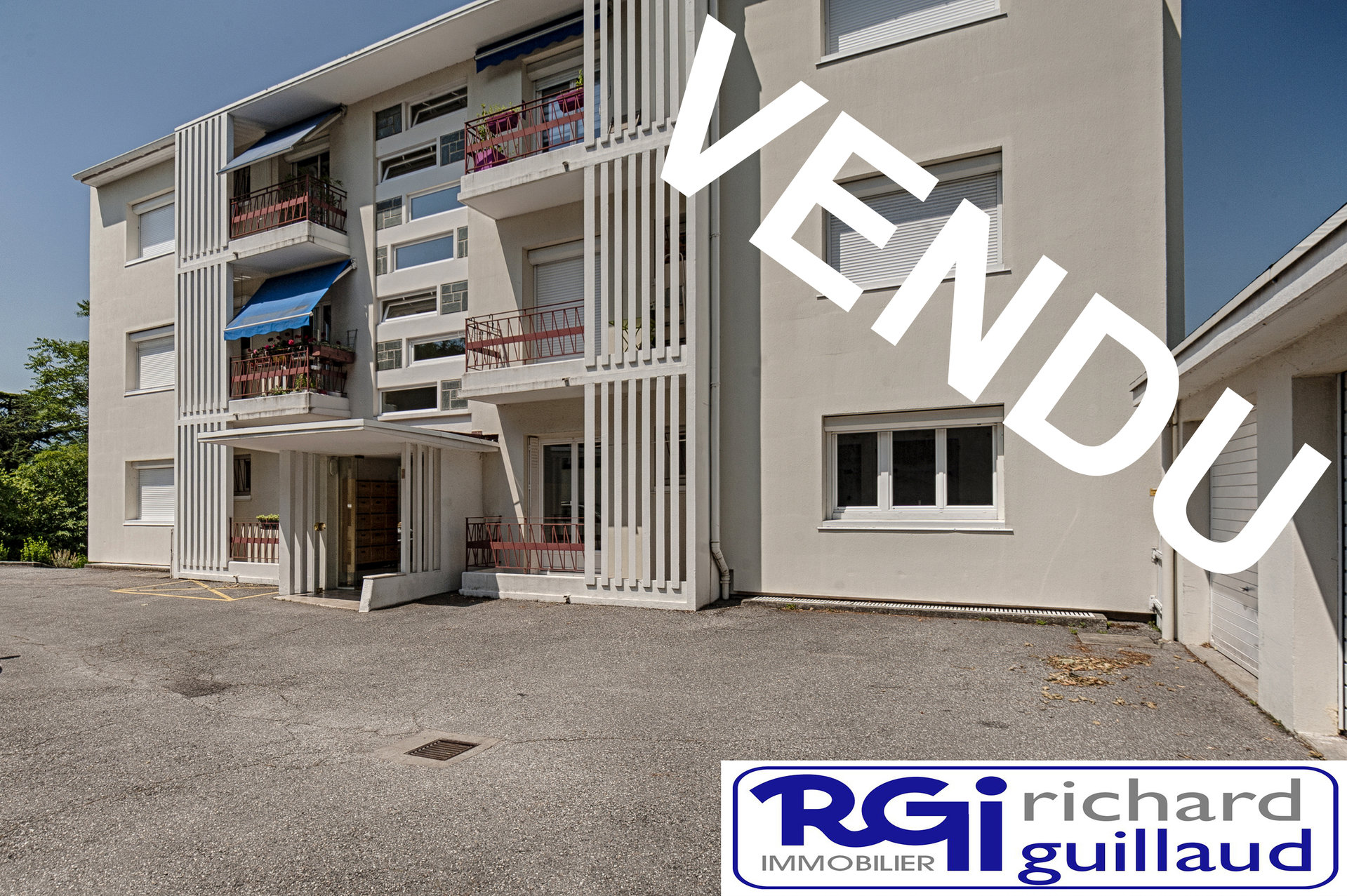 APPARTEMENT T3 + Parking 2 Chambres Chambéry