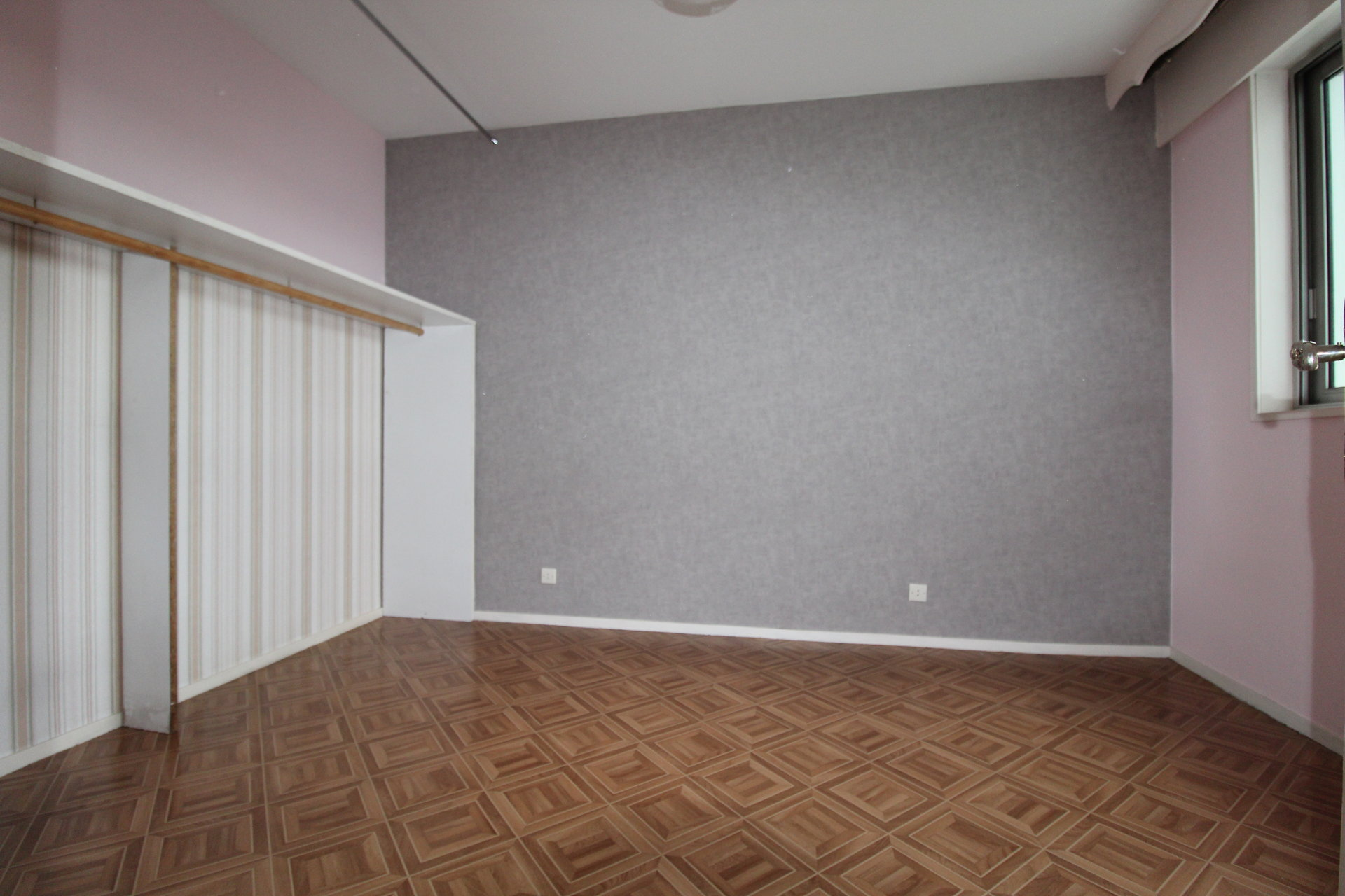 Appartement Saint-Etienne / Bergson 3 pièces 66.40m2 avec balcon et garage.