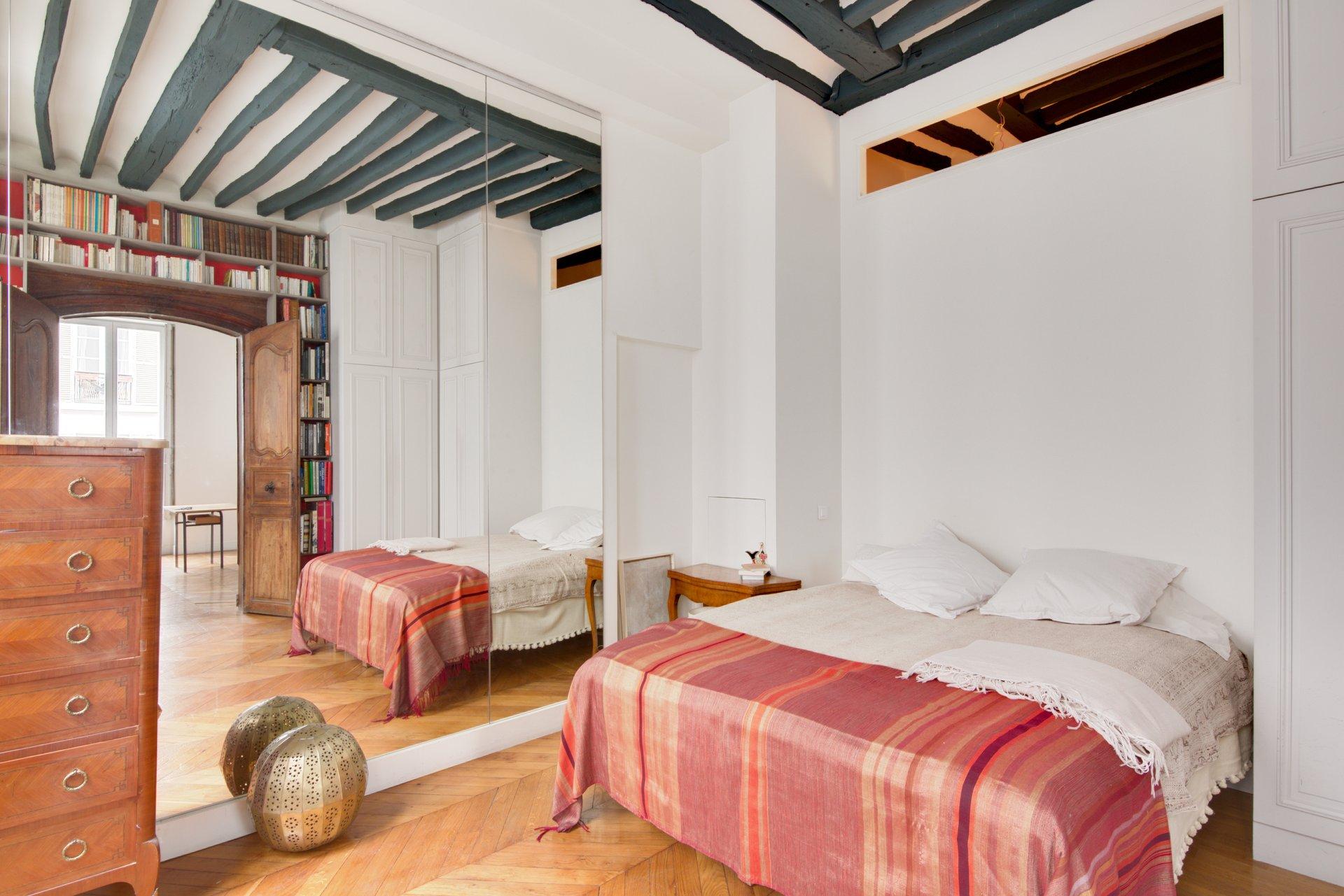 Sale Apartment - Paris 3rd (Paris 3ème) Arts-et-Métiers