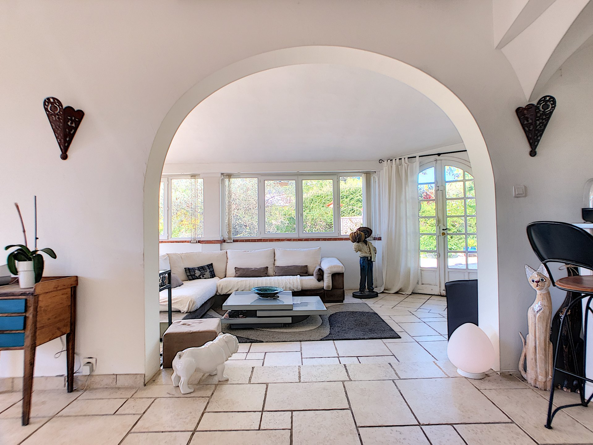 Mougins, 5 bedrooms house close to amenities