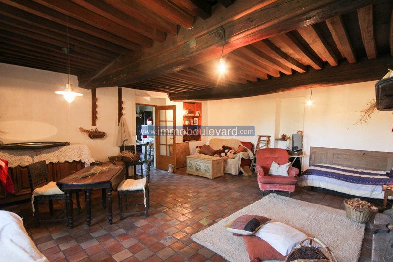 Haus in sehr ruhiger Lage zum Verkauf in Morvan im Region Burgund