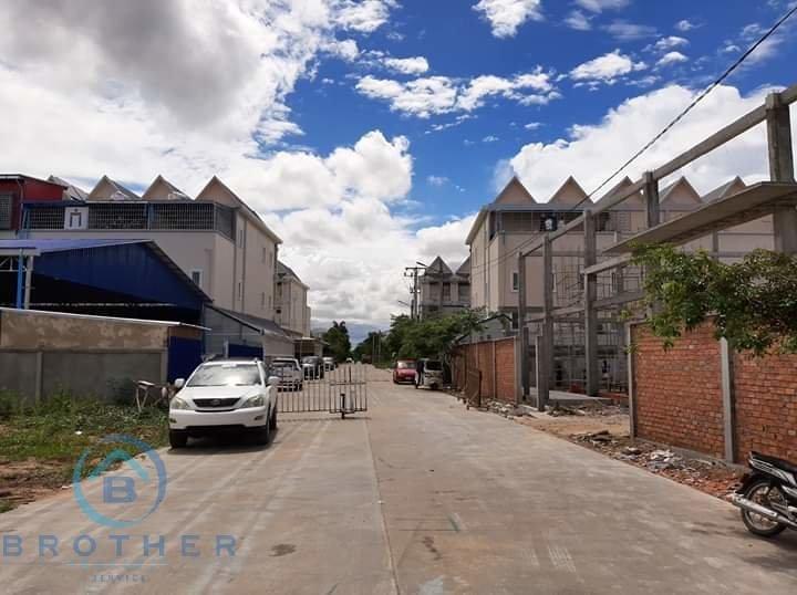 Sale Commercial land Sen Sok