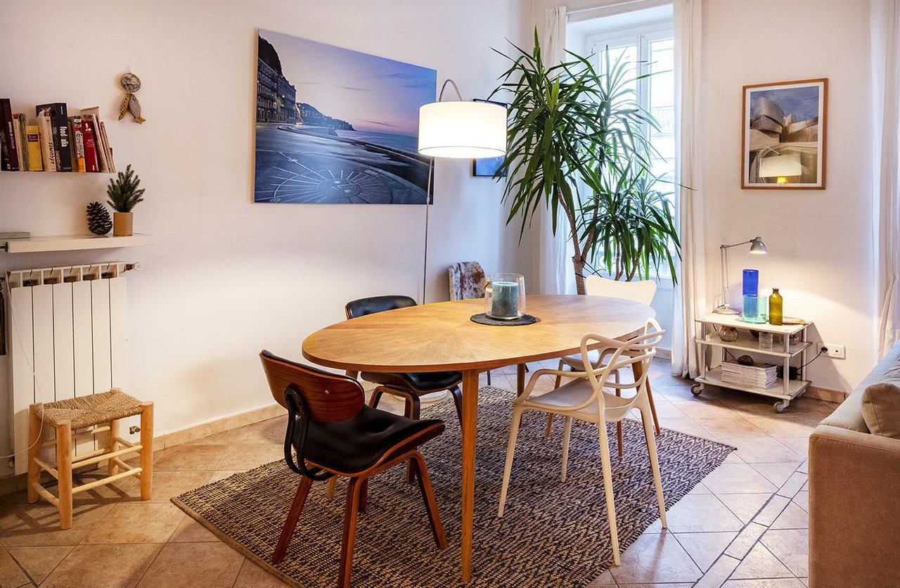 Charming 3-bed with balcony and parking - Nice Le Port