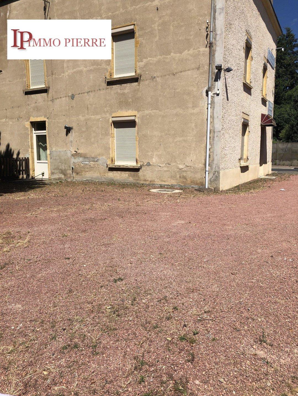 10 mn Roanne, vaste maison en pierres