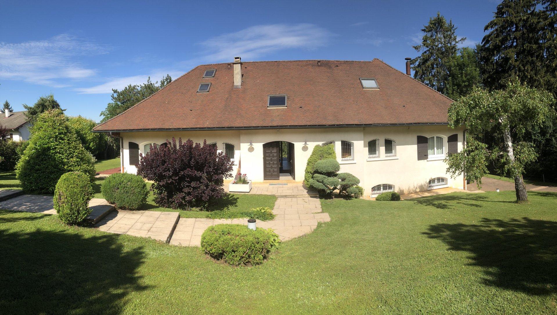 Sale Villa - Oyonnax