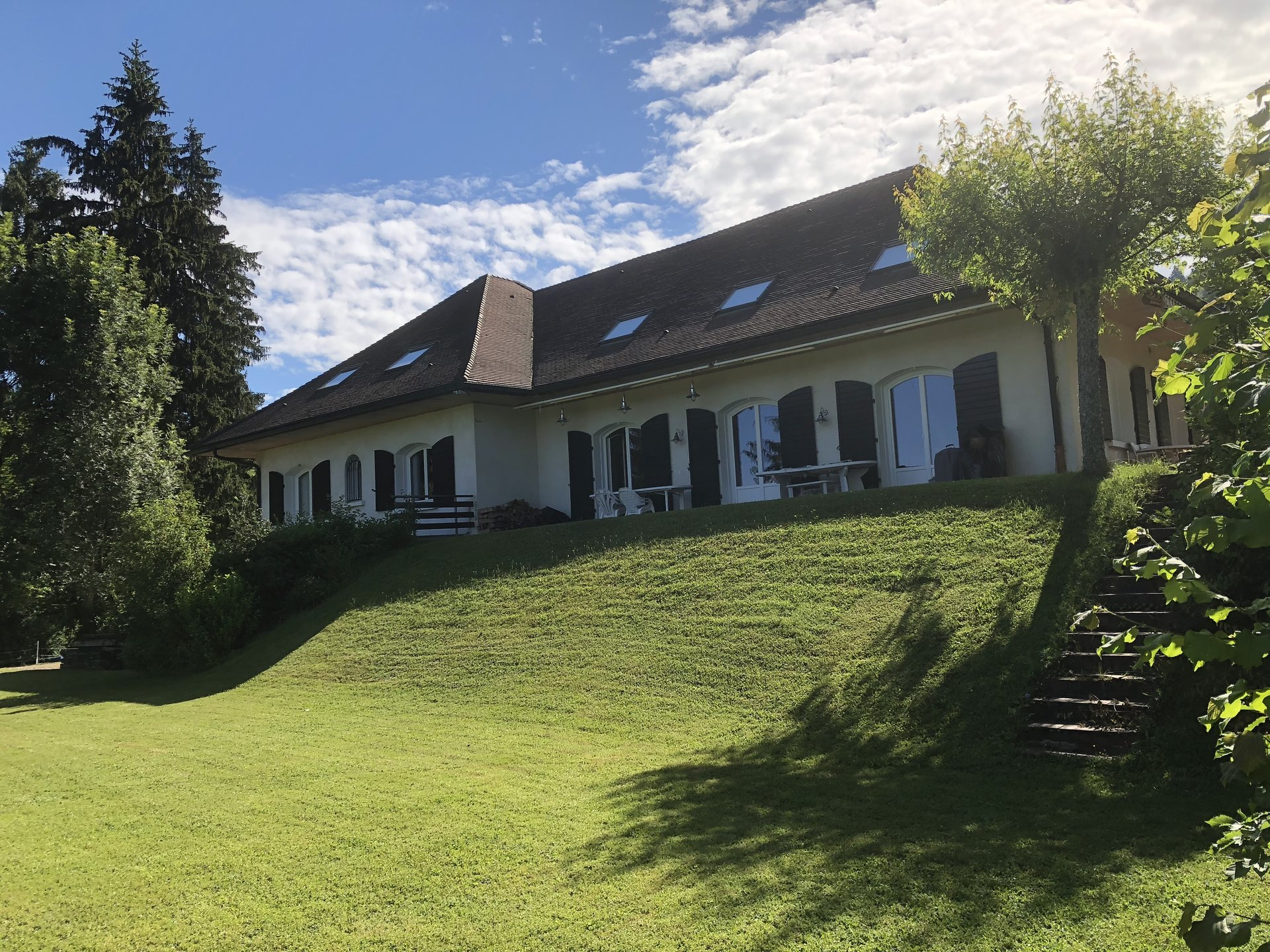 Superbe Villa sur terrain de 3421 m²