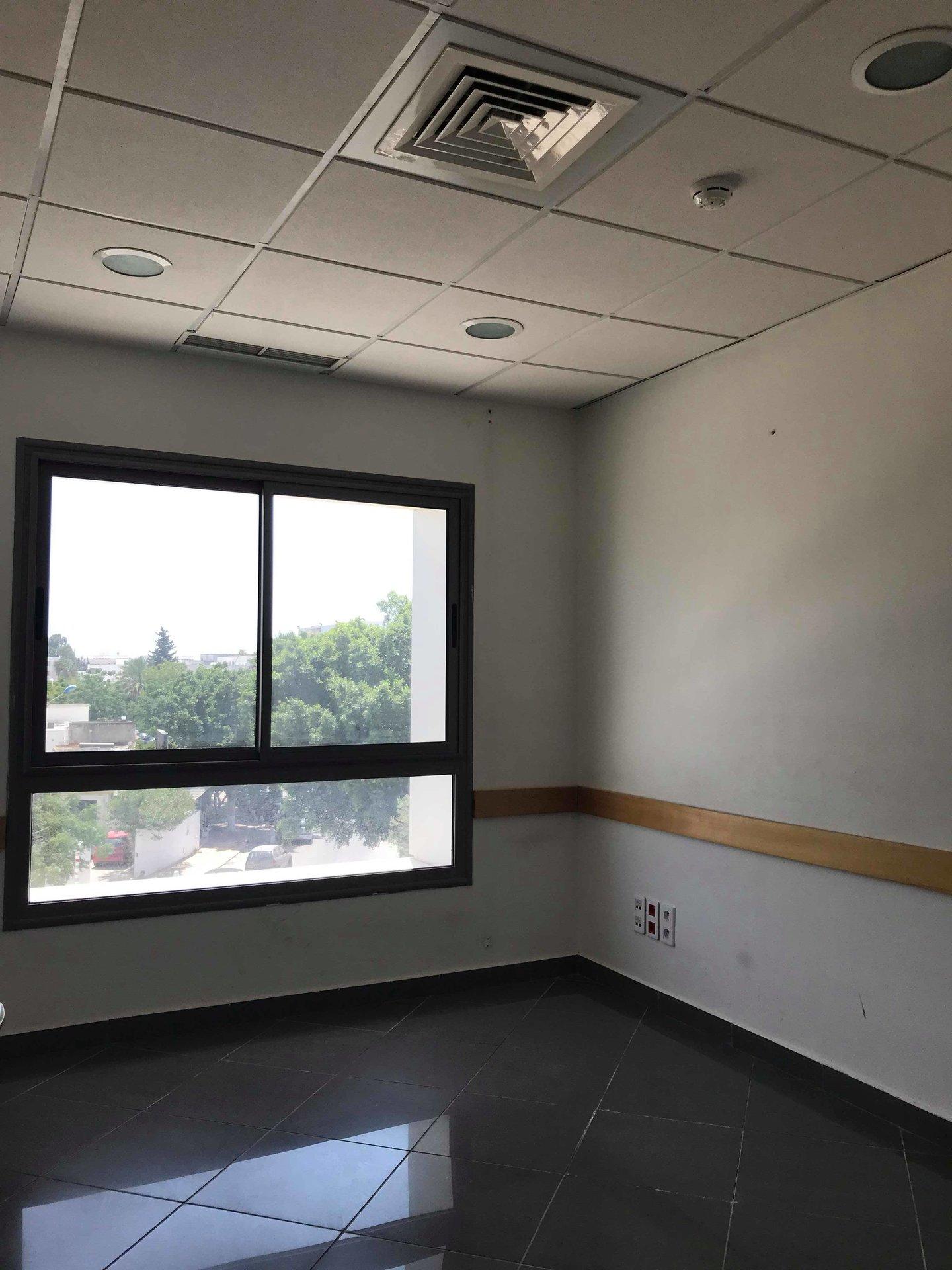 Location Bureau de 300 m² haut standing Charguia 2