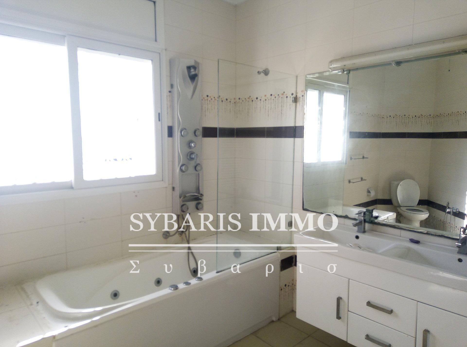 Duplex à louer, piscine jardin - Tunisie