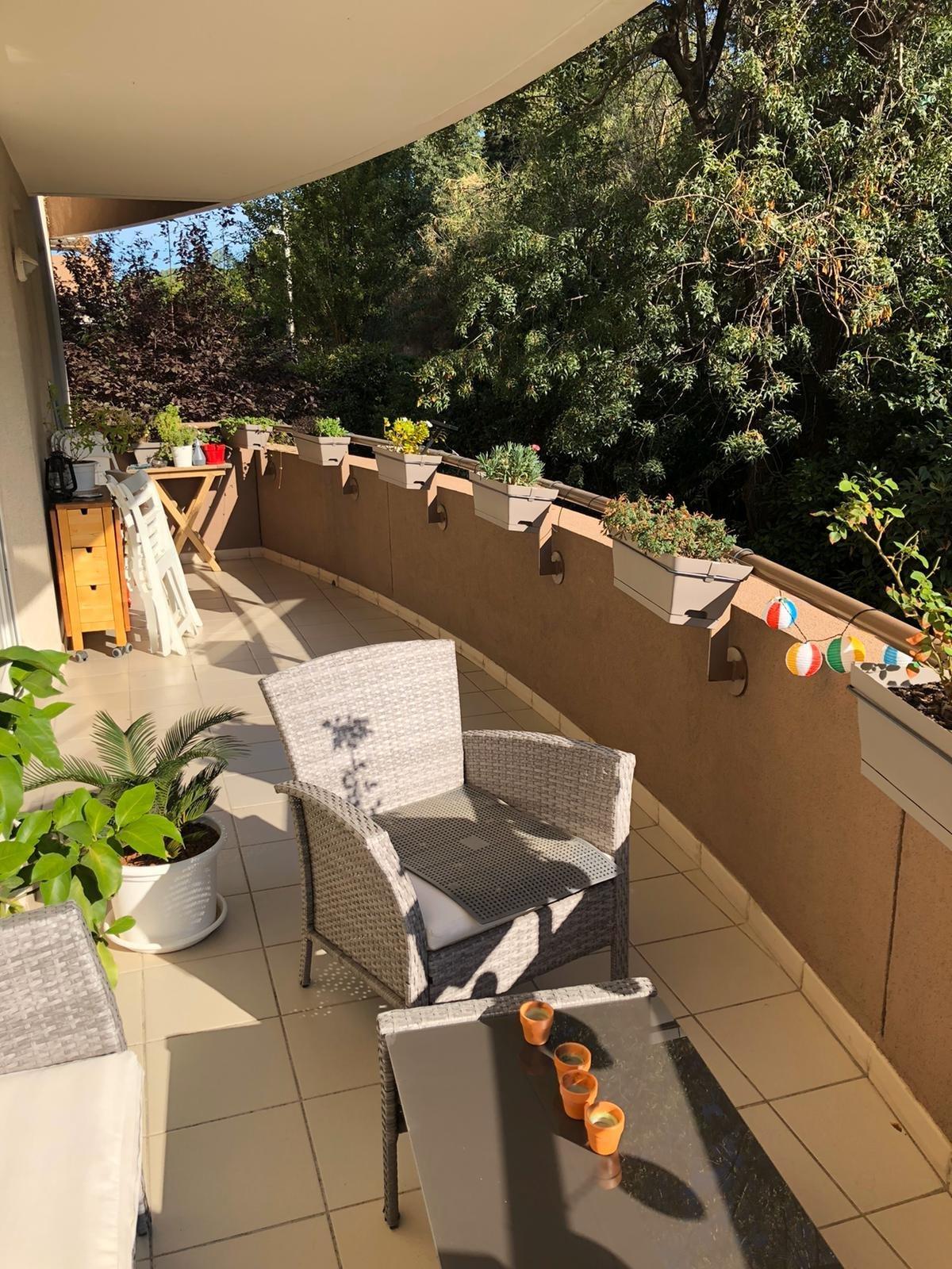 Charmant T2 de 44 m² avec grande terrasse