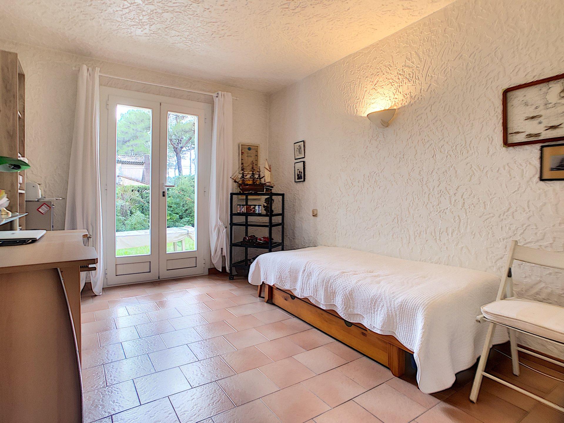 Exclusif -Mougins- Villa de 140 m² avec Terrain 950 m²