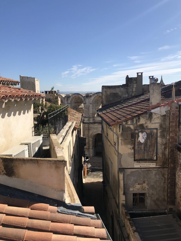 vue magnifique sur les toits de la vieille ville