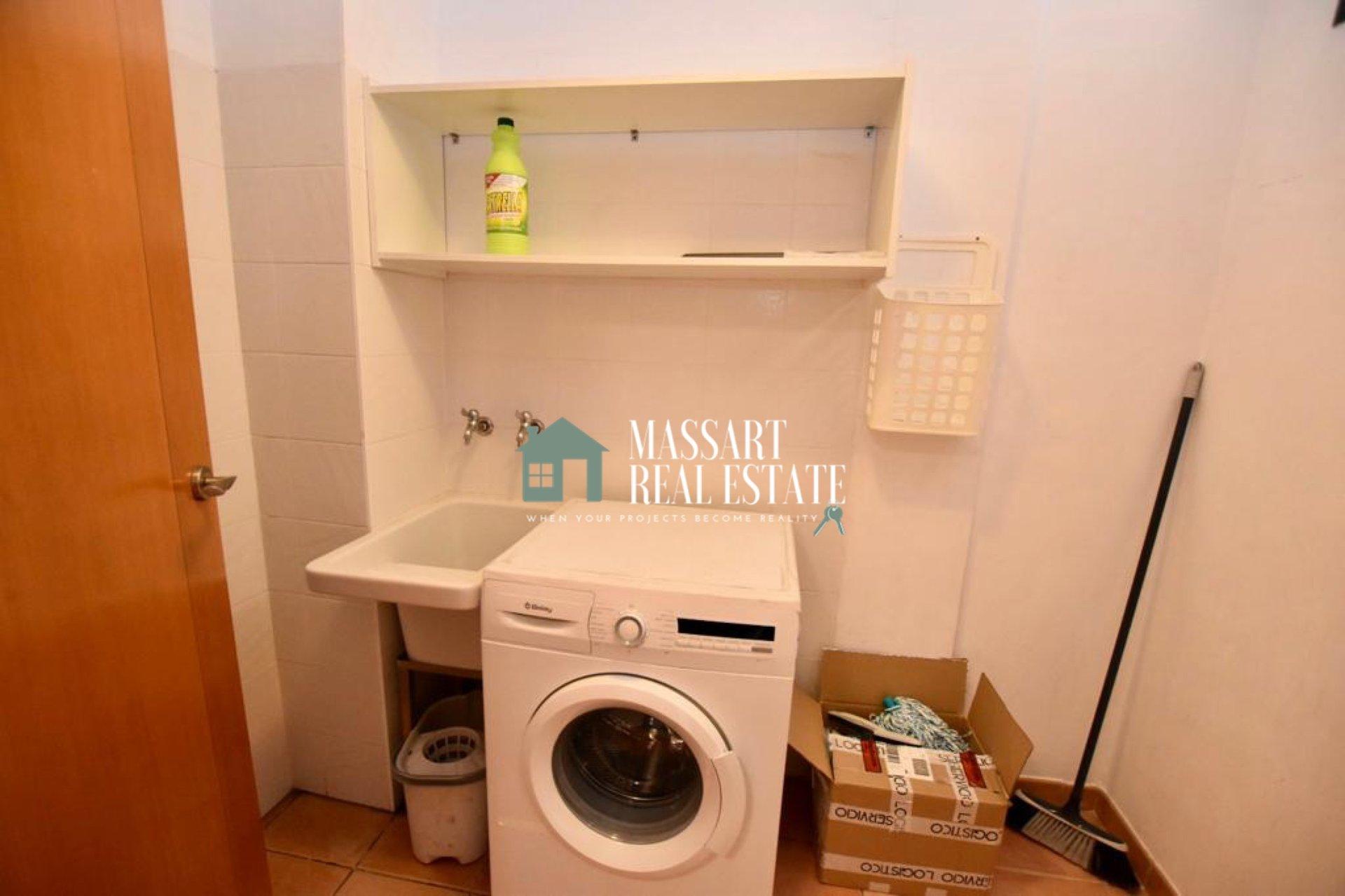 """A vendre à Playa Paraíso (Adeje), dans le quartier résidentiel """"Paraíso II"""", appartement entièrement meublé et rénové ... prêt à emménager!."""