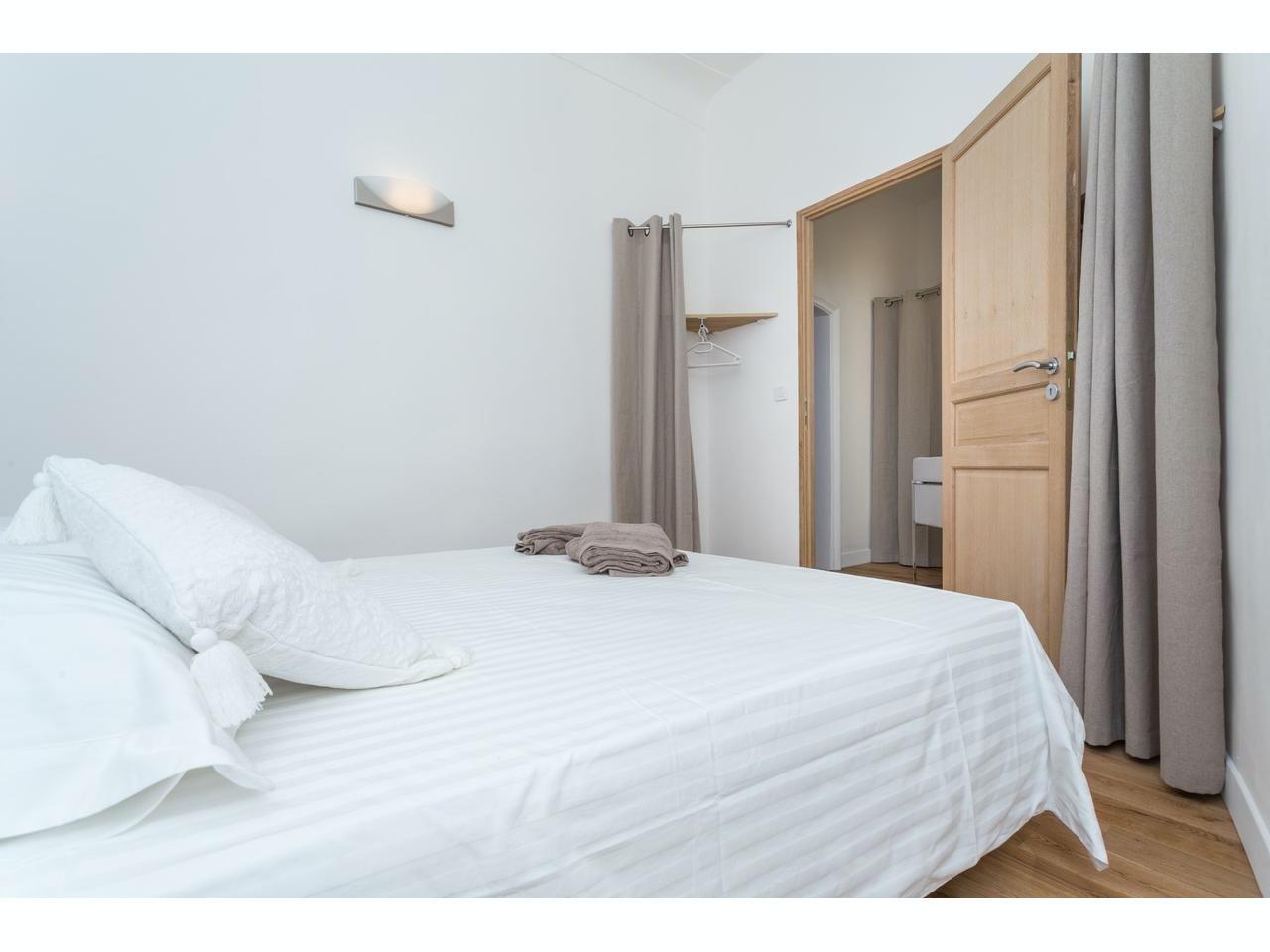 2 sovrum i gamla stan i Nice