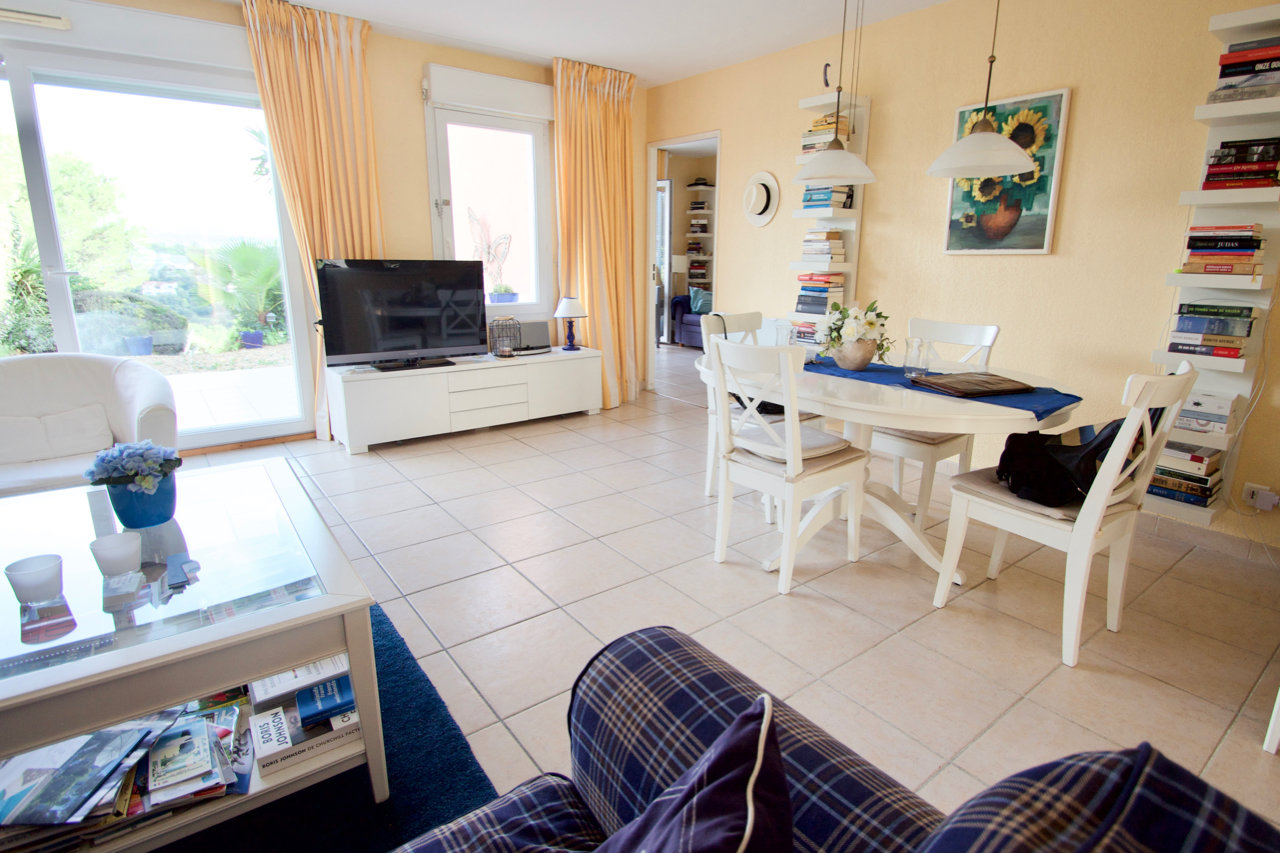 Saint Raphaël - bright house at golf-course with garage and BEAUTIFUL VIEWS
