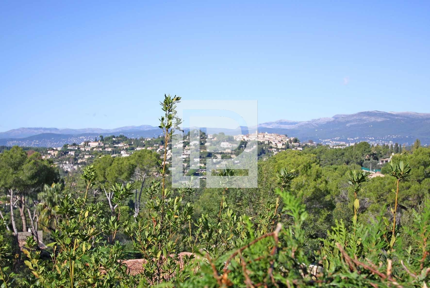 Mougins Very Residential