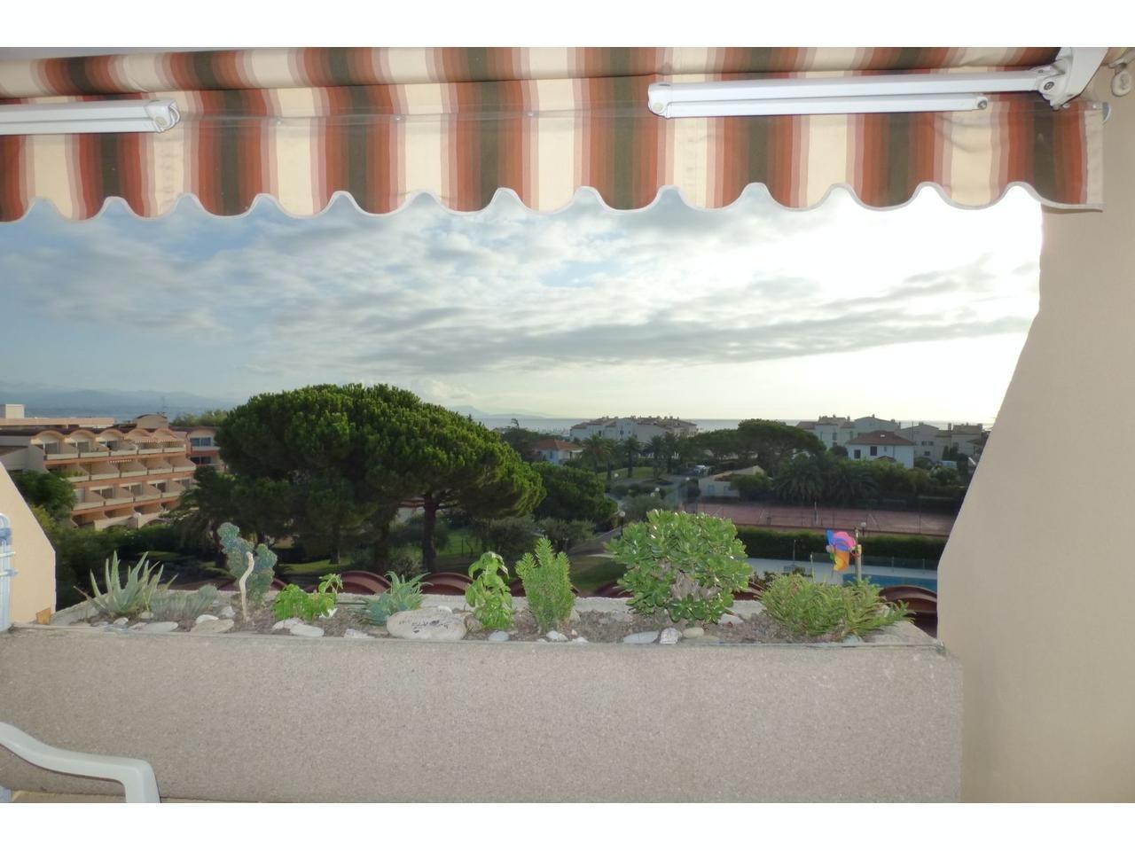 Studio med terrass (8 kvm) med havsutsikt