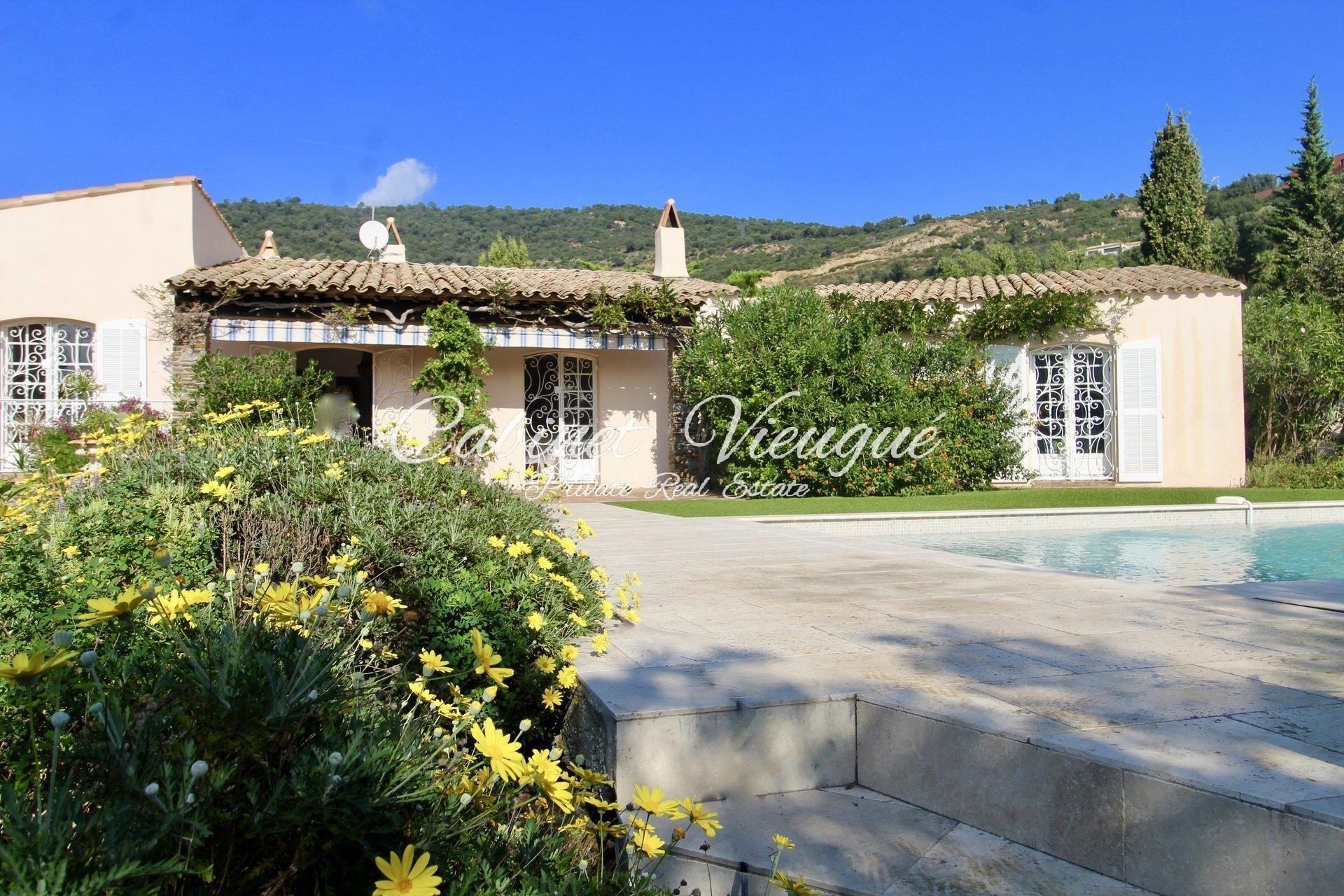Villa for Sale in Beauvallon