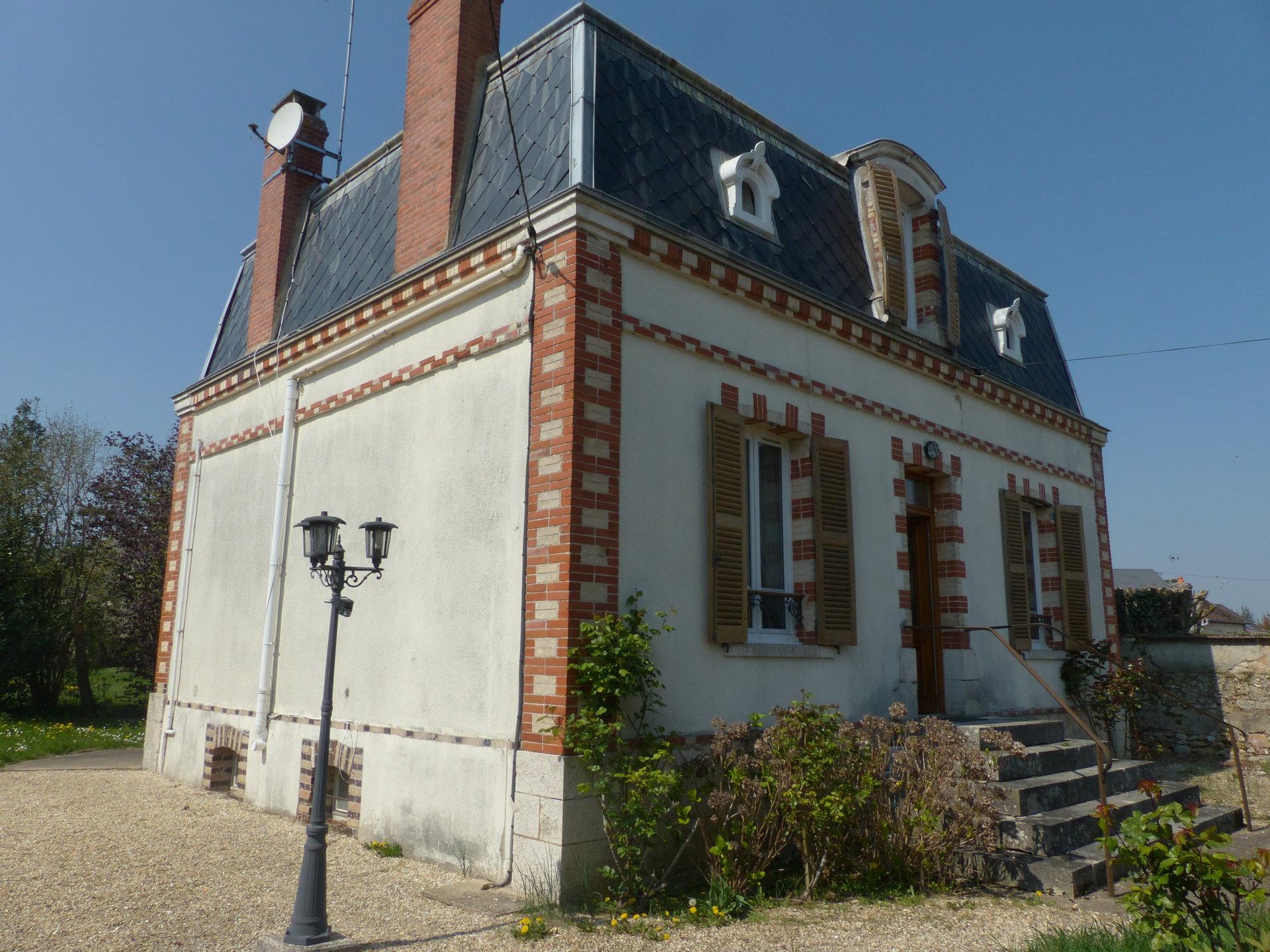 Maison bourgeoise 4 chambres sur 972 m², écoles sur place