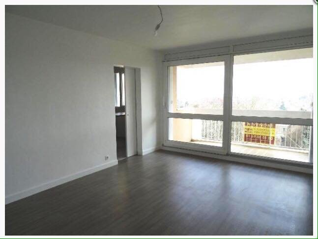Location - T3 de 66 m² - Igny