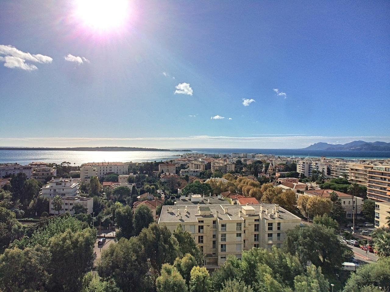 Magnificent apartment with panoramic sea view terrace, garage and cellar - Cannes Basse Californie