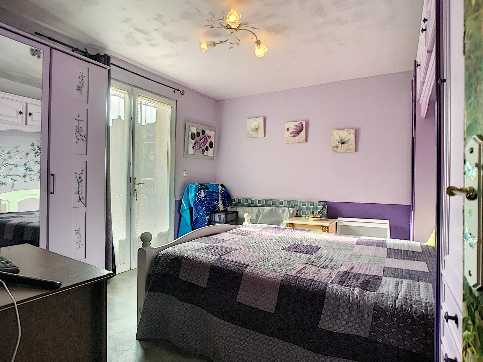 MAISON - 06000 - 2 chambres - 3 pièces