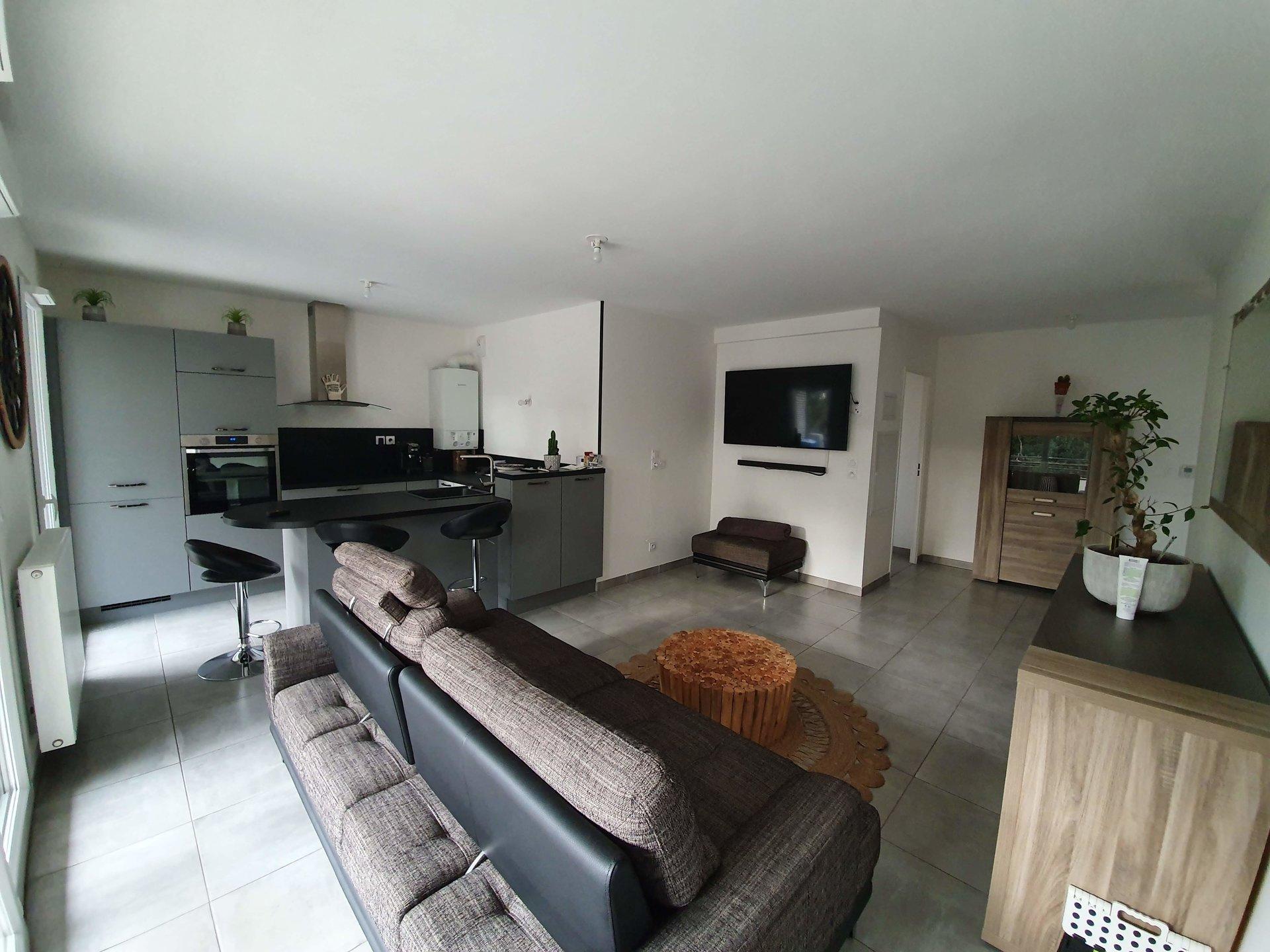 T3 de 76 m² avec garage + parking