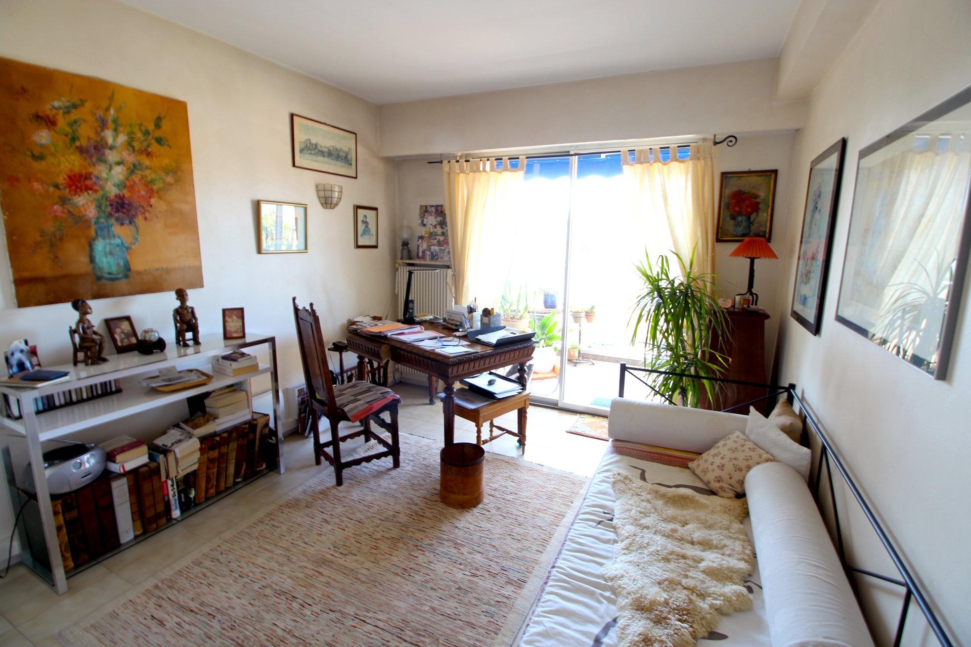 Sale Apartment - Antibes Ilette