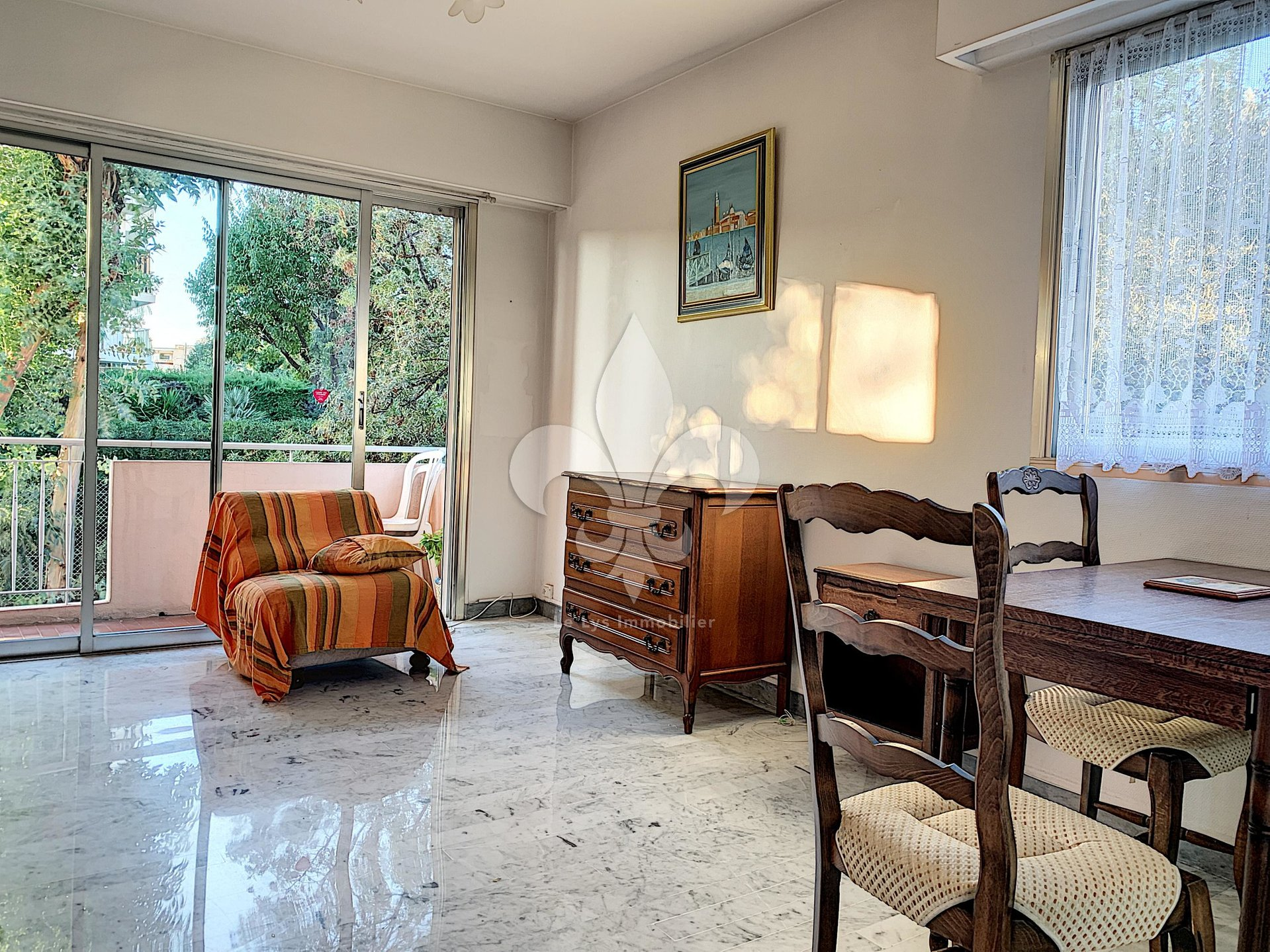 Antibes - Nice studio with terrace and parking