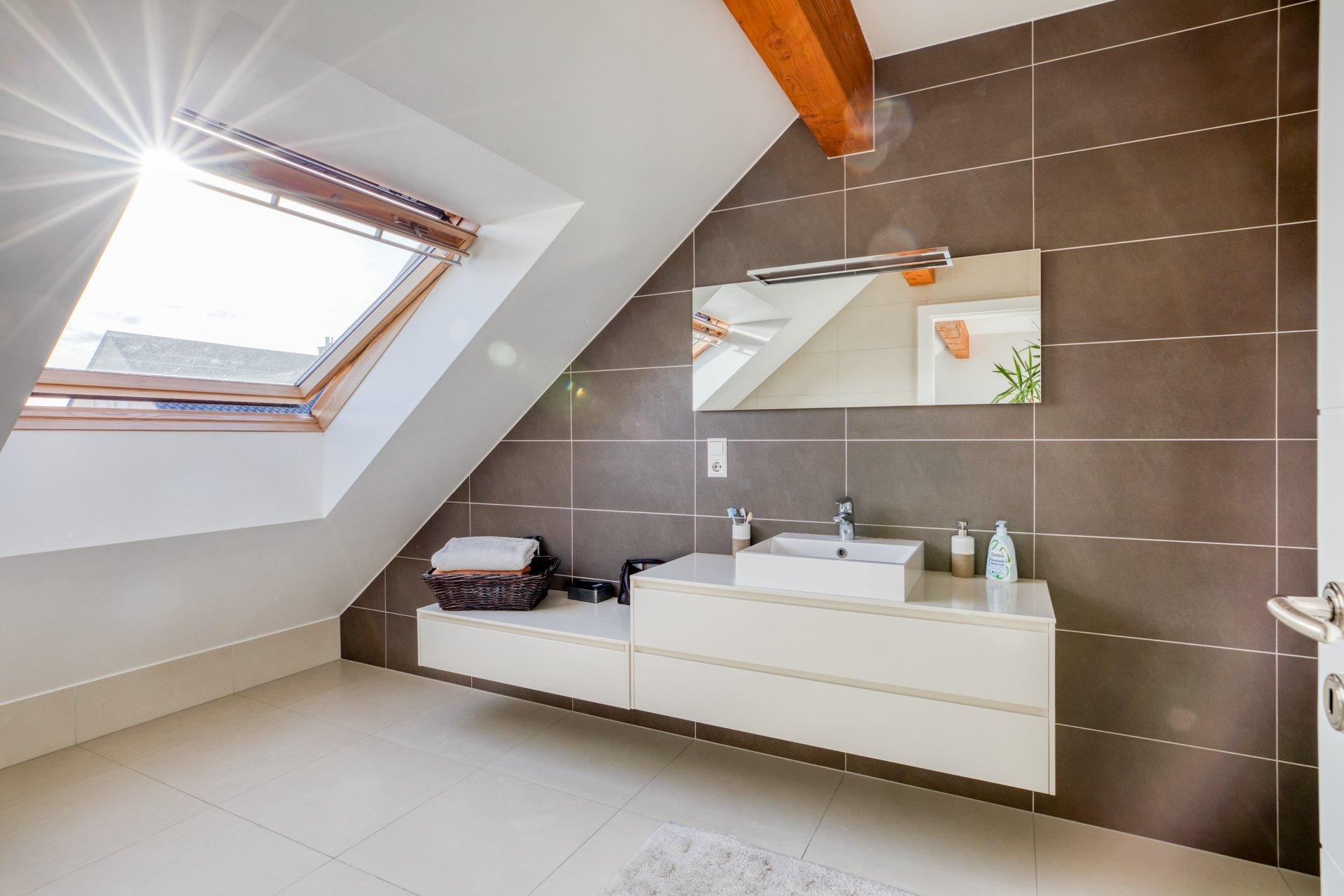 Magnifique maison 4 chambres - 250m2 - schouweiler