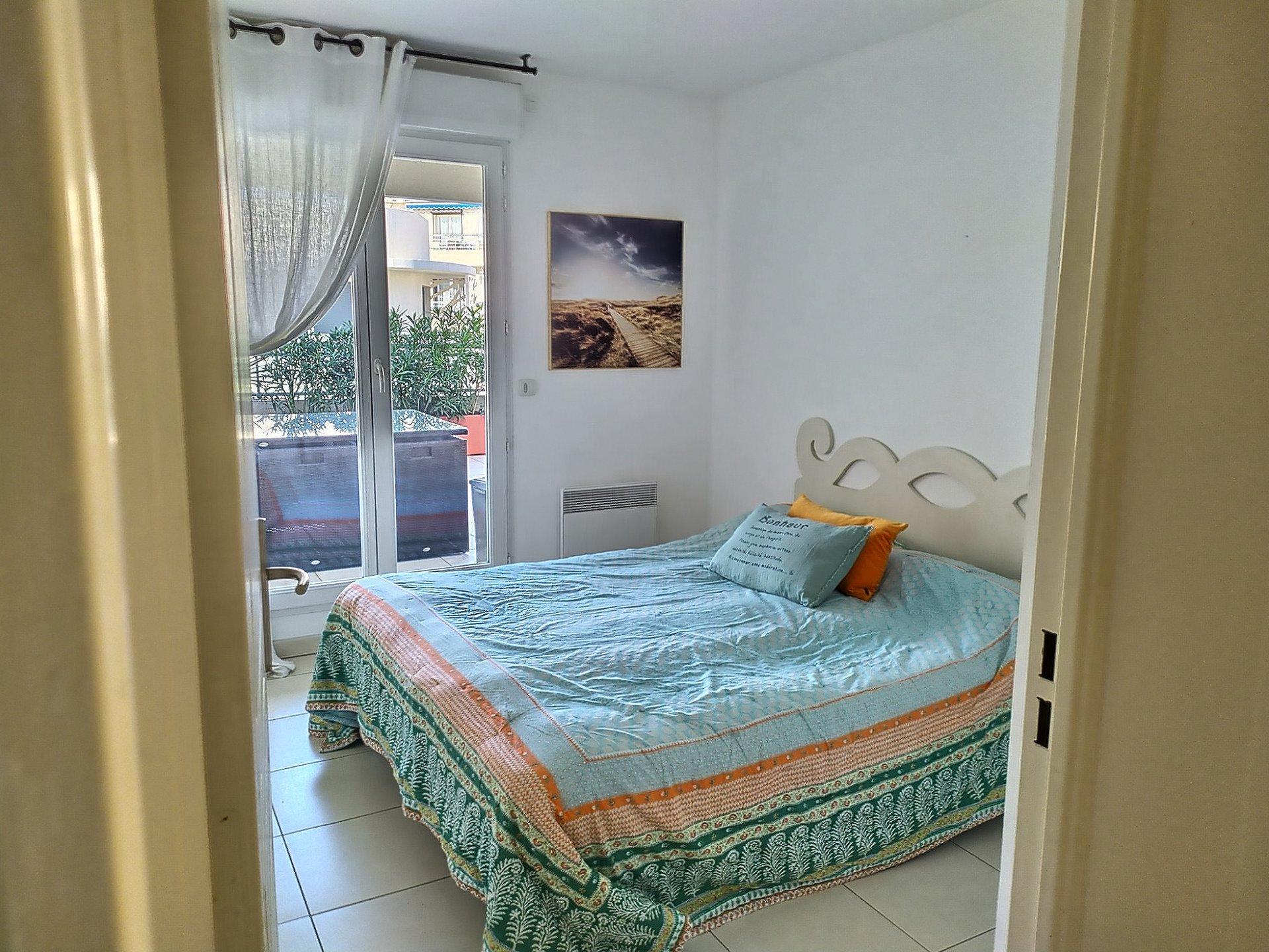 Beautiful 2 bedrooms Roof Terrace