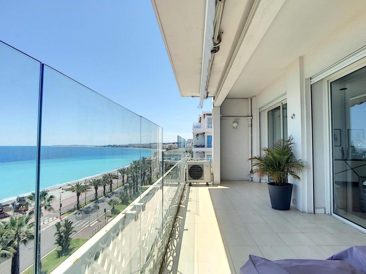 FÖRSÄLJNING Lägenhet 4 Rum 140m² Nice Promenade des Anglais Terrass Parkeringsplats
