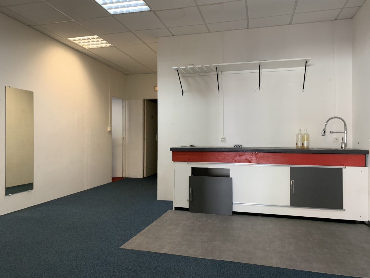 LOCATION PURE - 200 M² - VILLENEUVE LOUBET