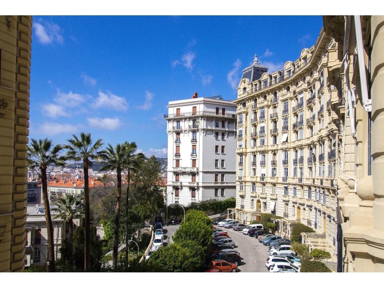 3 pièces à vendre, Nice centre ville Bas Cimiez