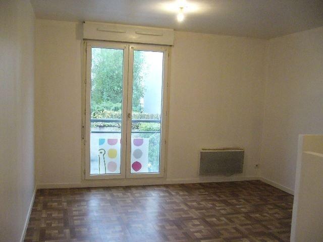 Studio avec garage loué à LUCE 28110