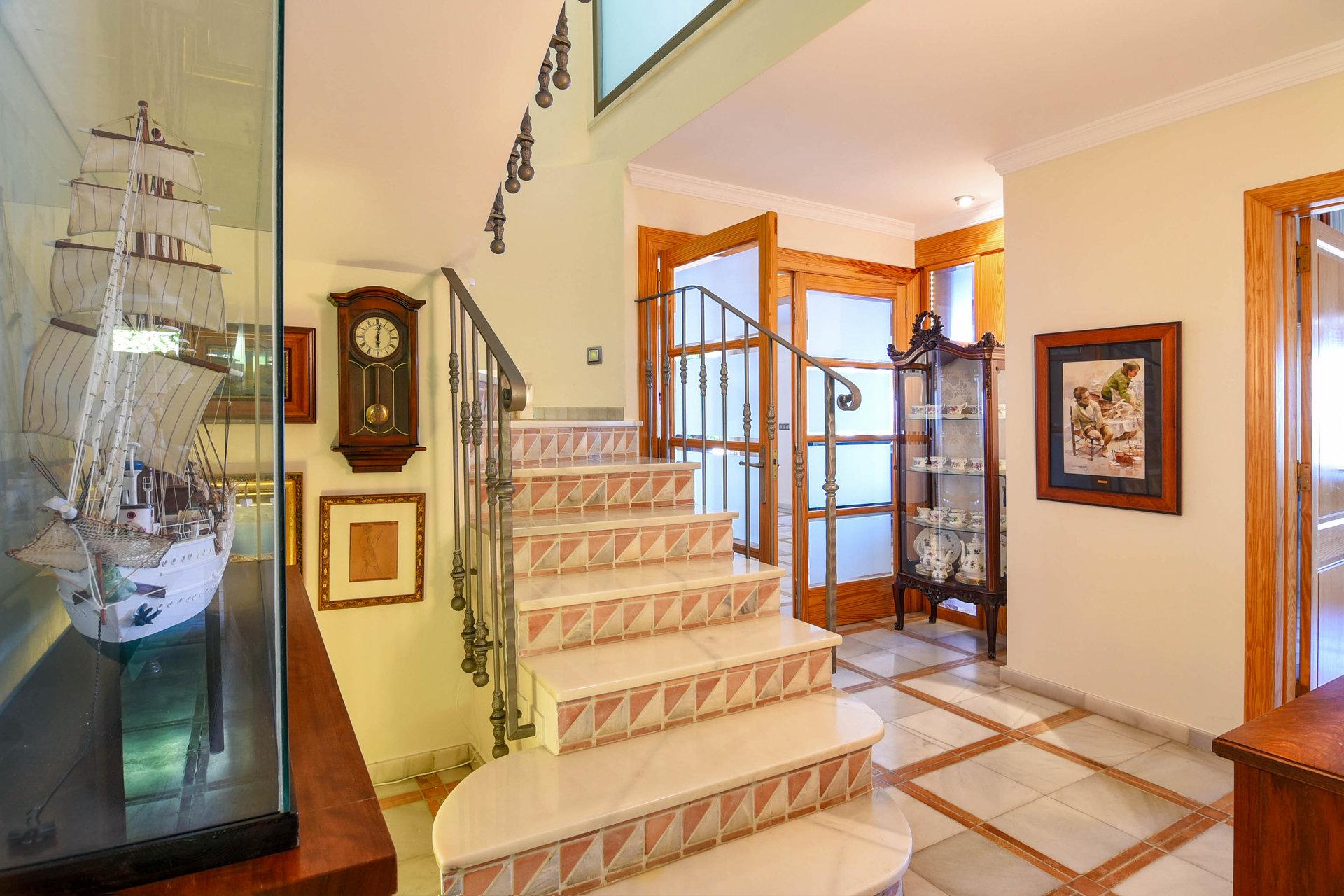 Belle villa de première ligne aux Bassetes
