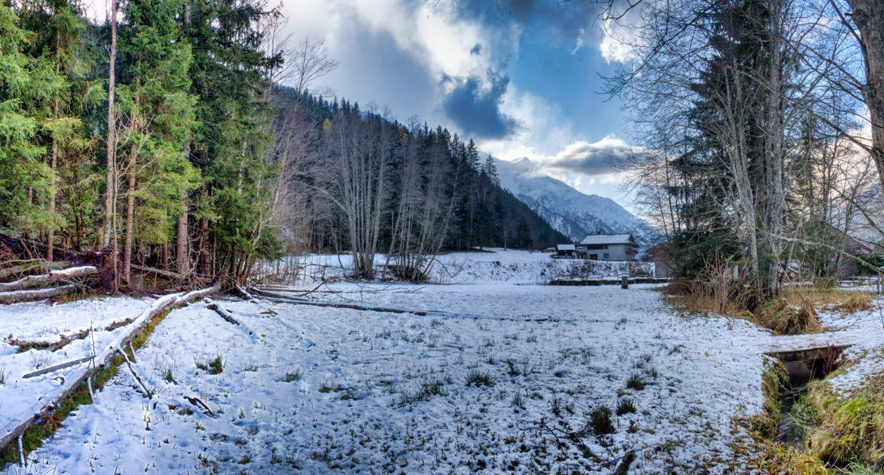 181/2019 TERRAIN Chalet in Chamonix
