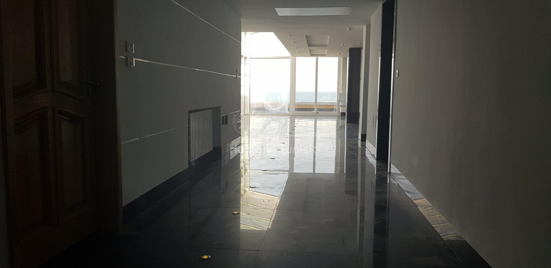 Penthouse pied dans l'eau à vendre à Hammam Sousse
