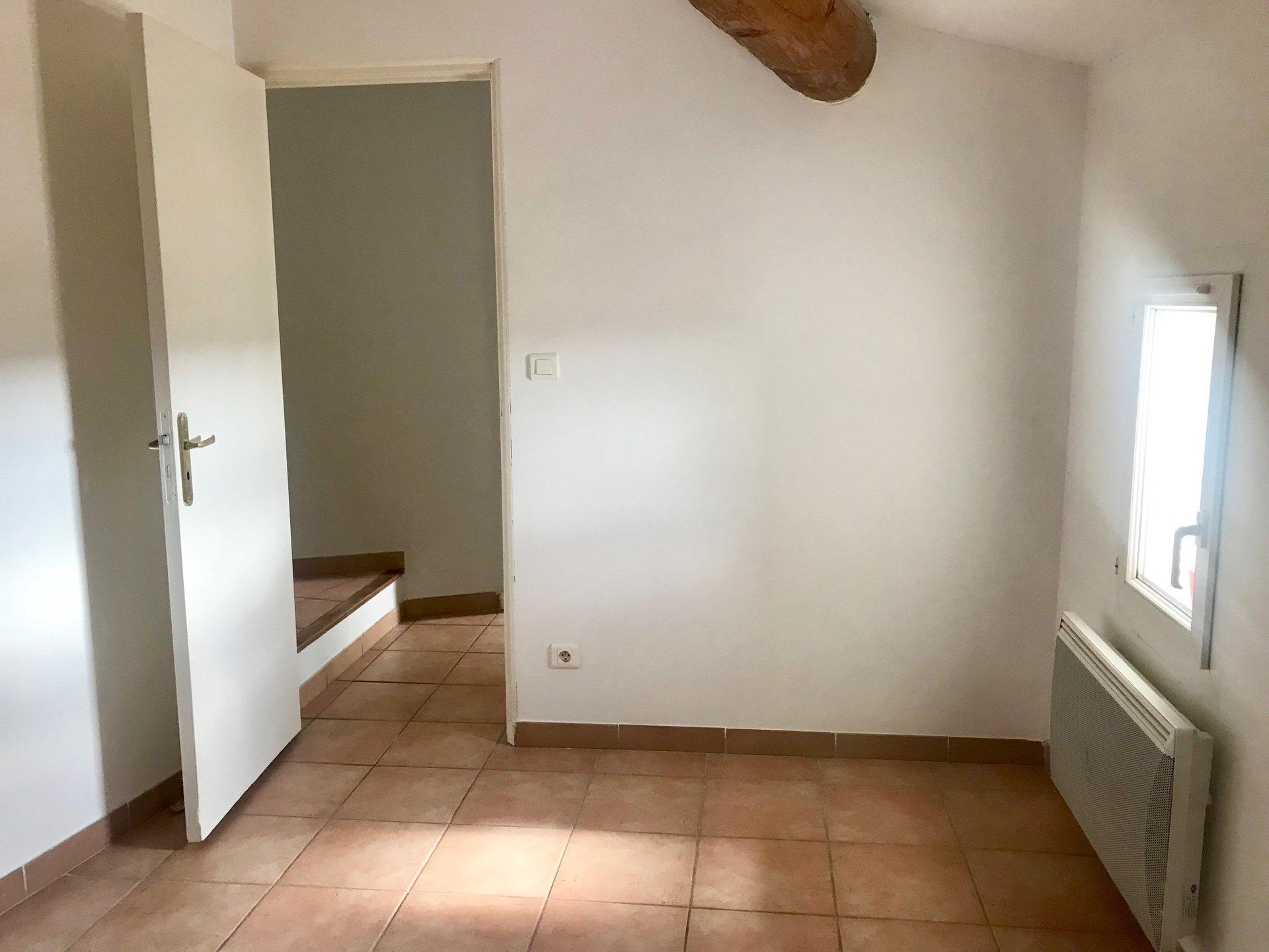Lambesc Appartement T3 dernier étage
