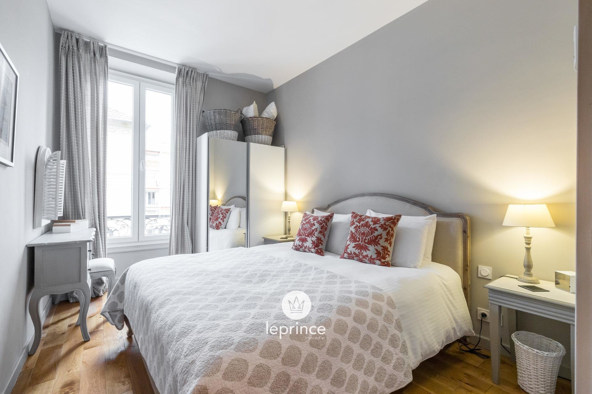 Nice Carré d'Or - 2 Bedrooms - Perfect Condition