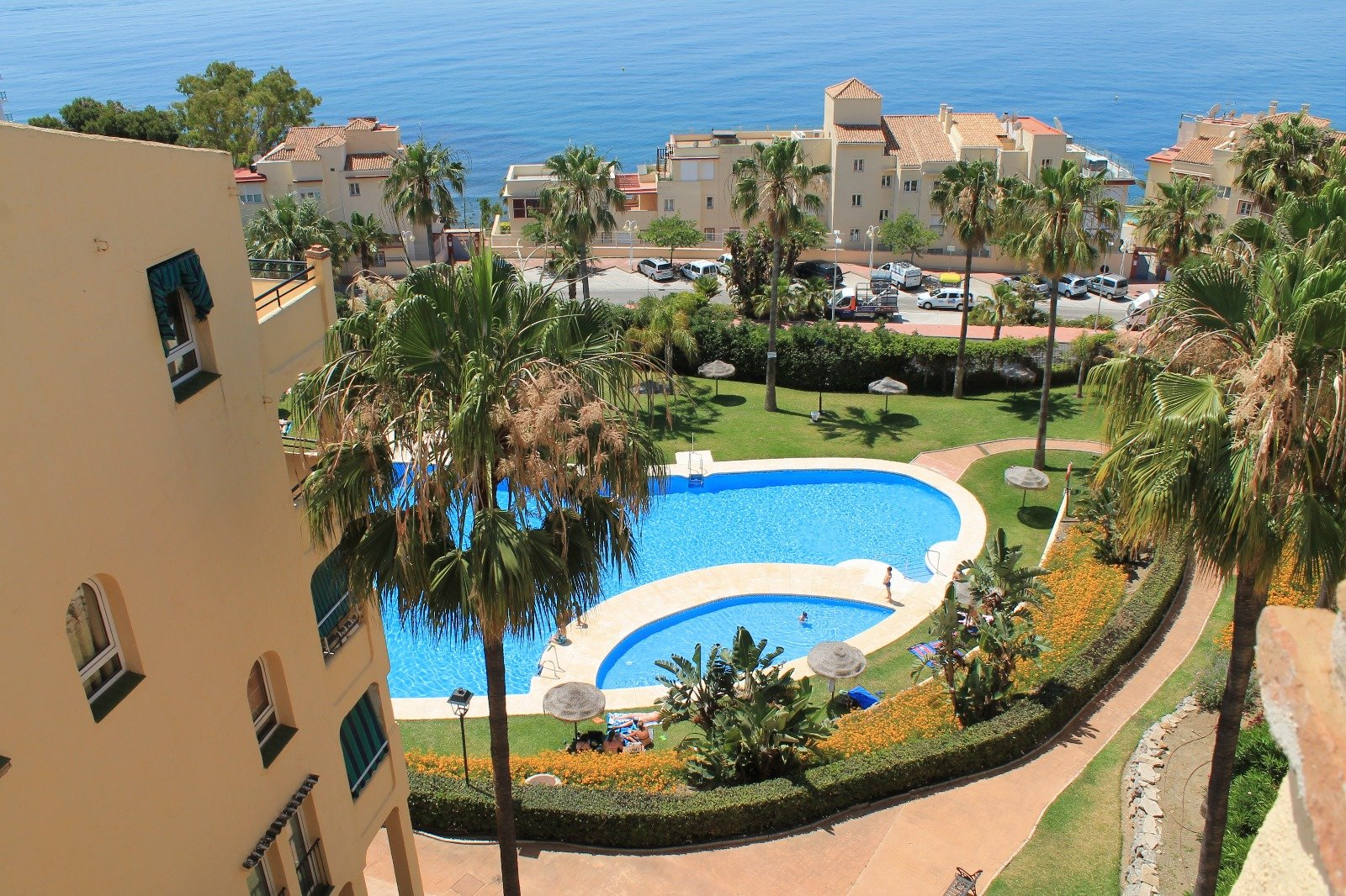 Renovated top floor apartment in Benalmadena
