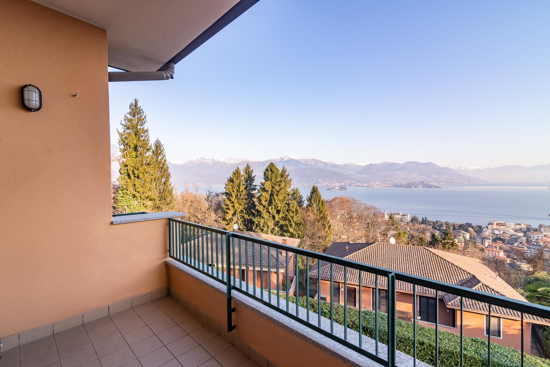 Apartment for sale in Stresa in a residence - terrace with lake view